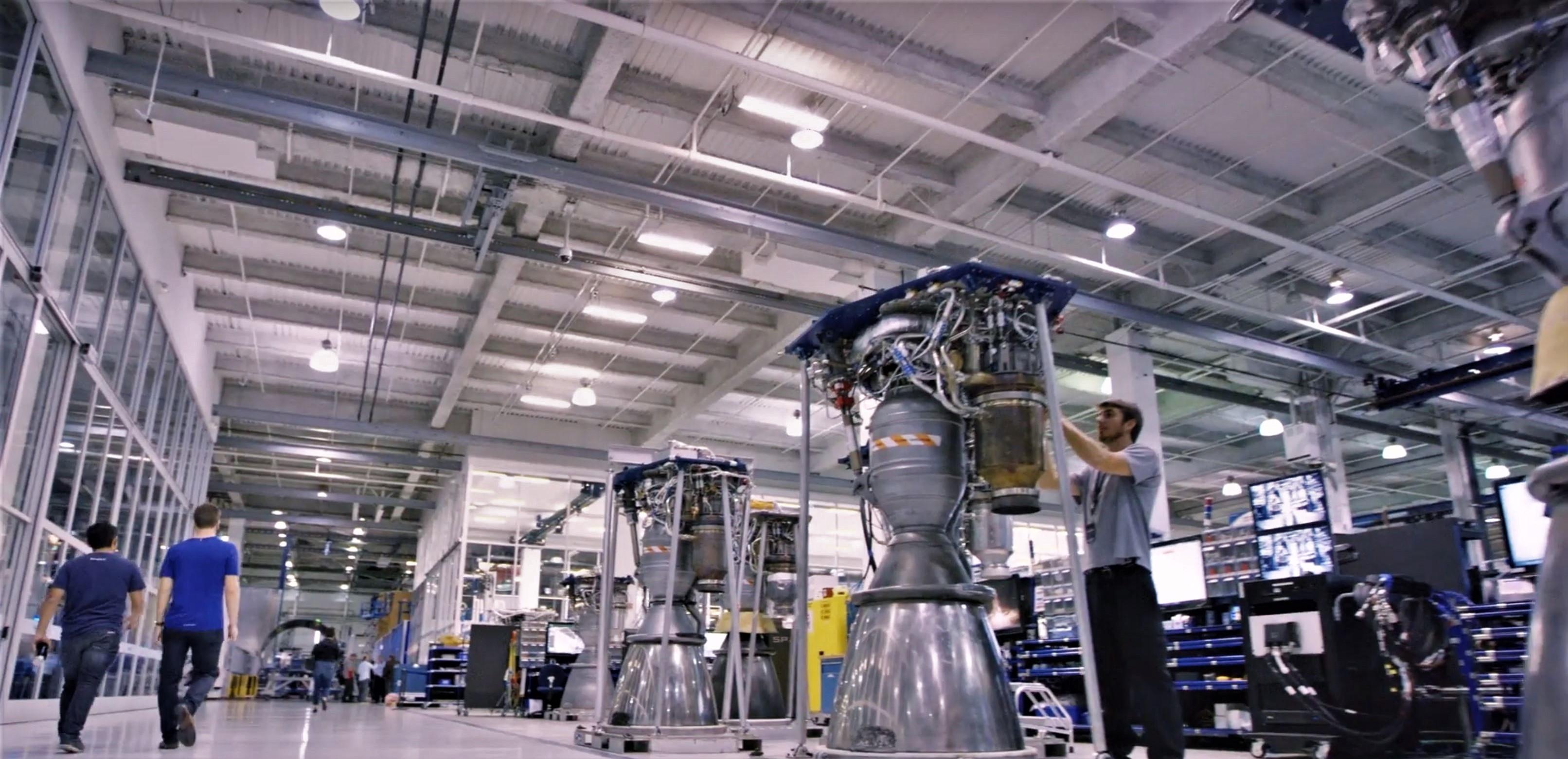 spacex hawthorne facility - HD3224×1561