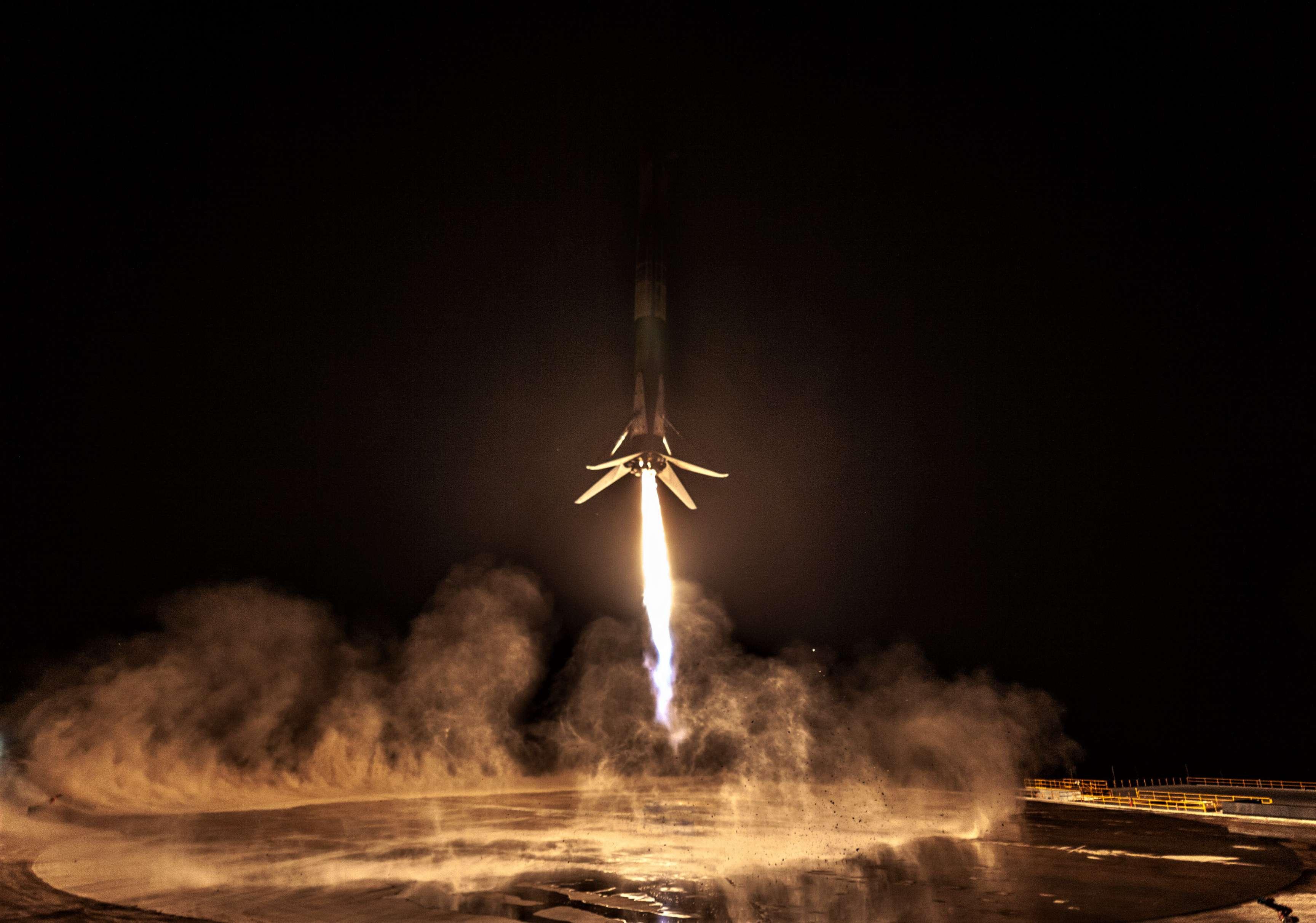 SAOCOM 1A B1048 landing (SpaceX) 2(c)