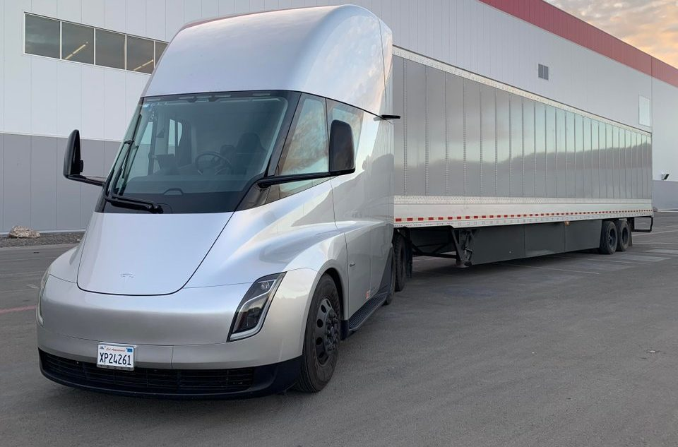 The Tesla Semi Is Sighted In Gigafactory 1 Credit Roriah Twitter