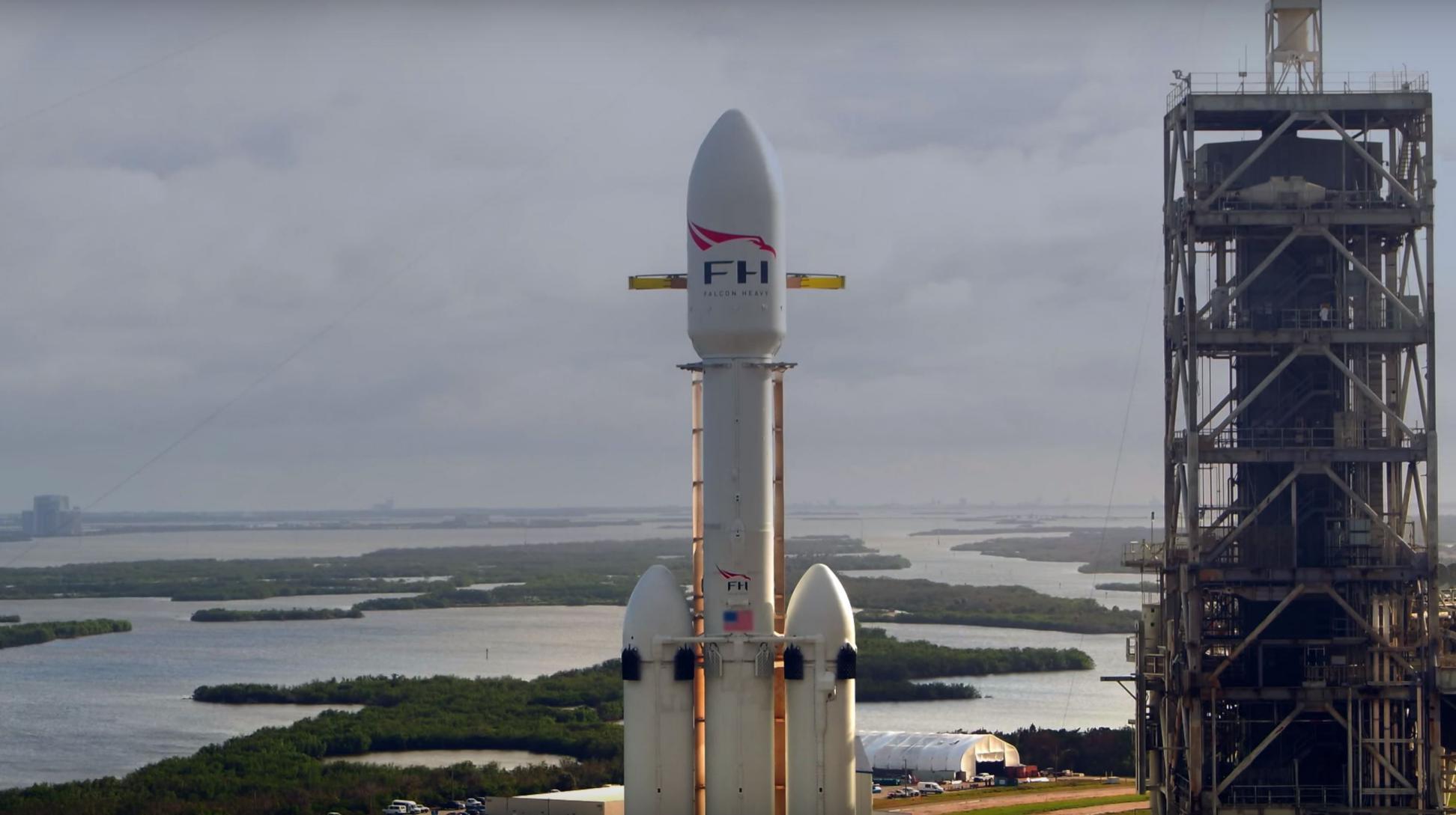 Falcon Heavy (SpaceX) 8(c)