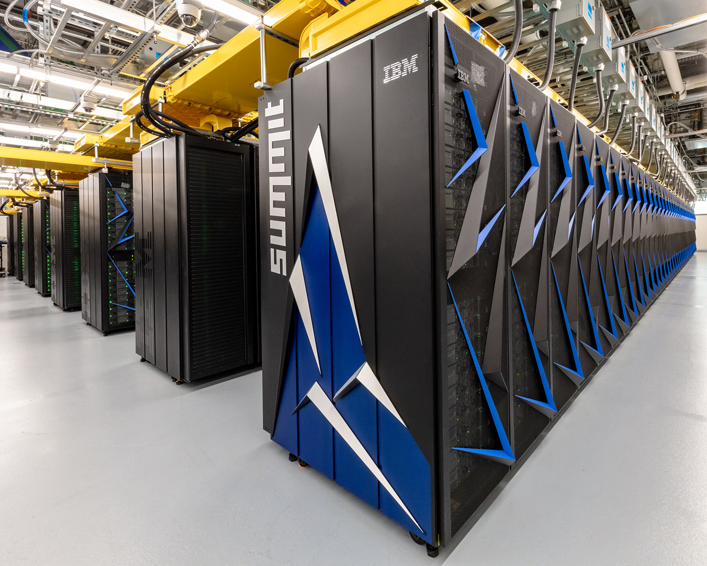 Us Overtakes Chinese Supercomputer To Take Top Spot For