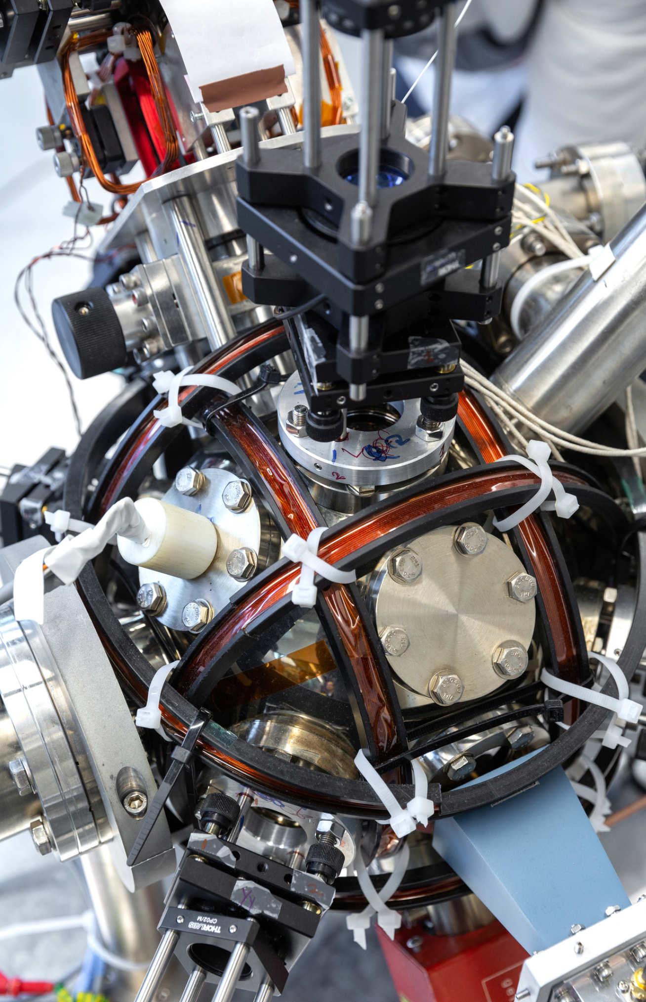 Quantum accelerometer close up.