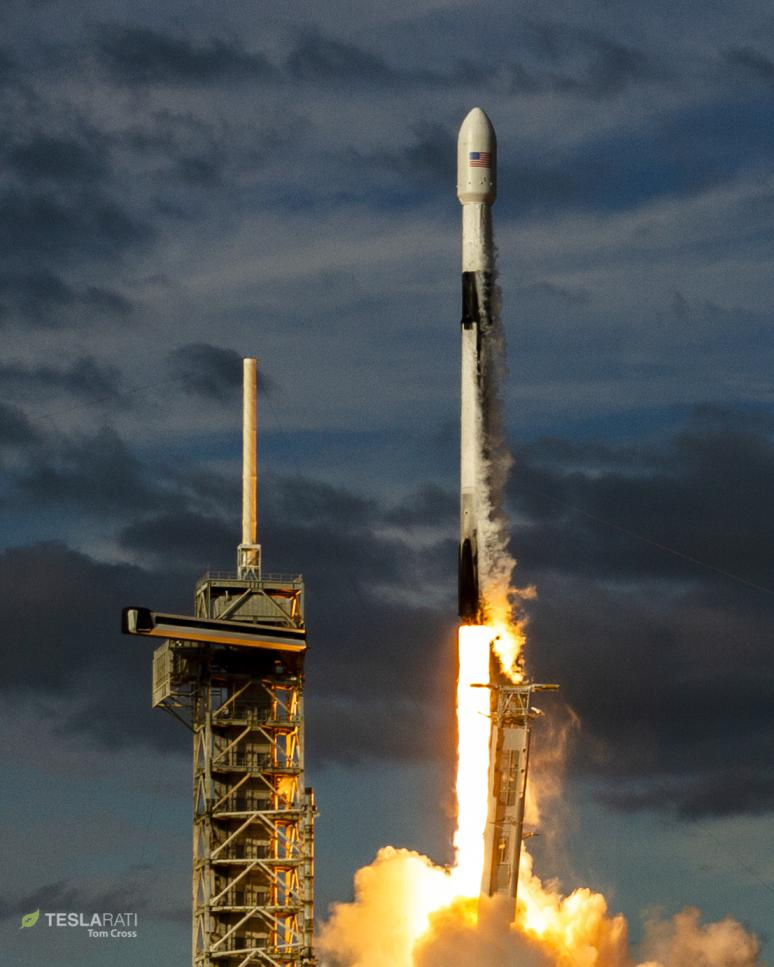 B1047 Es'hail 2 launch (Tom Cross) 5(c)