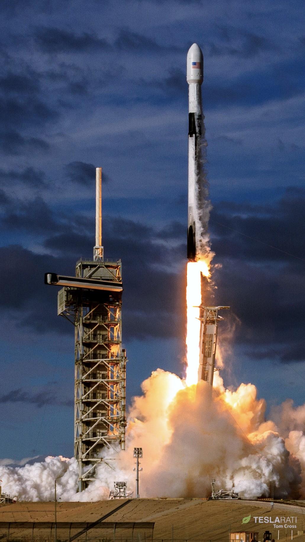 B1047 Es'hail 2 launch (Tom Cross) 7