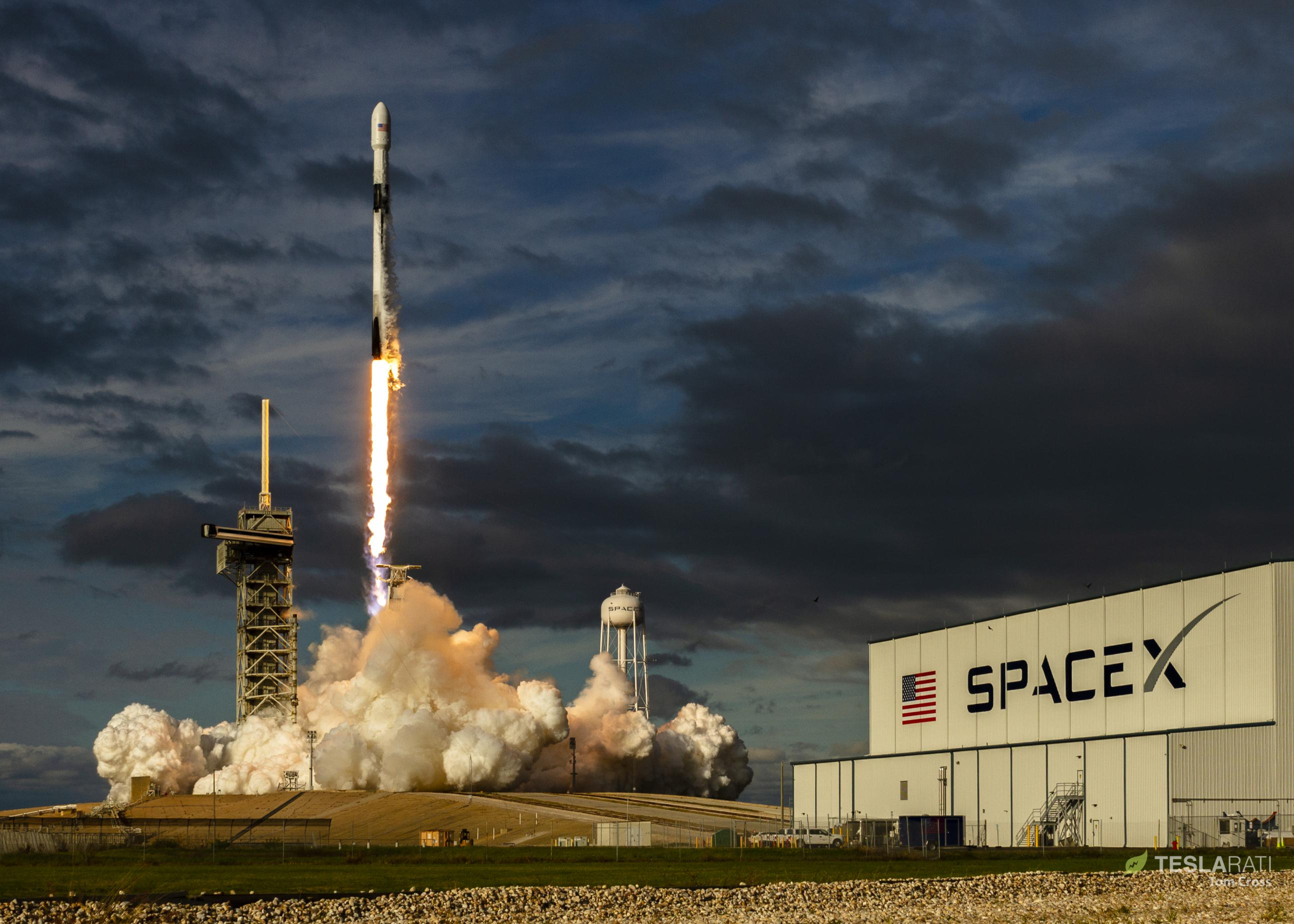B1047 Es'hail 2 launch (Tom Cross) 9(c)