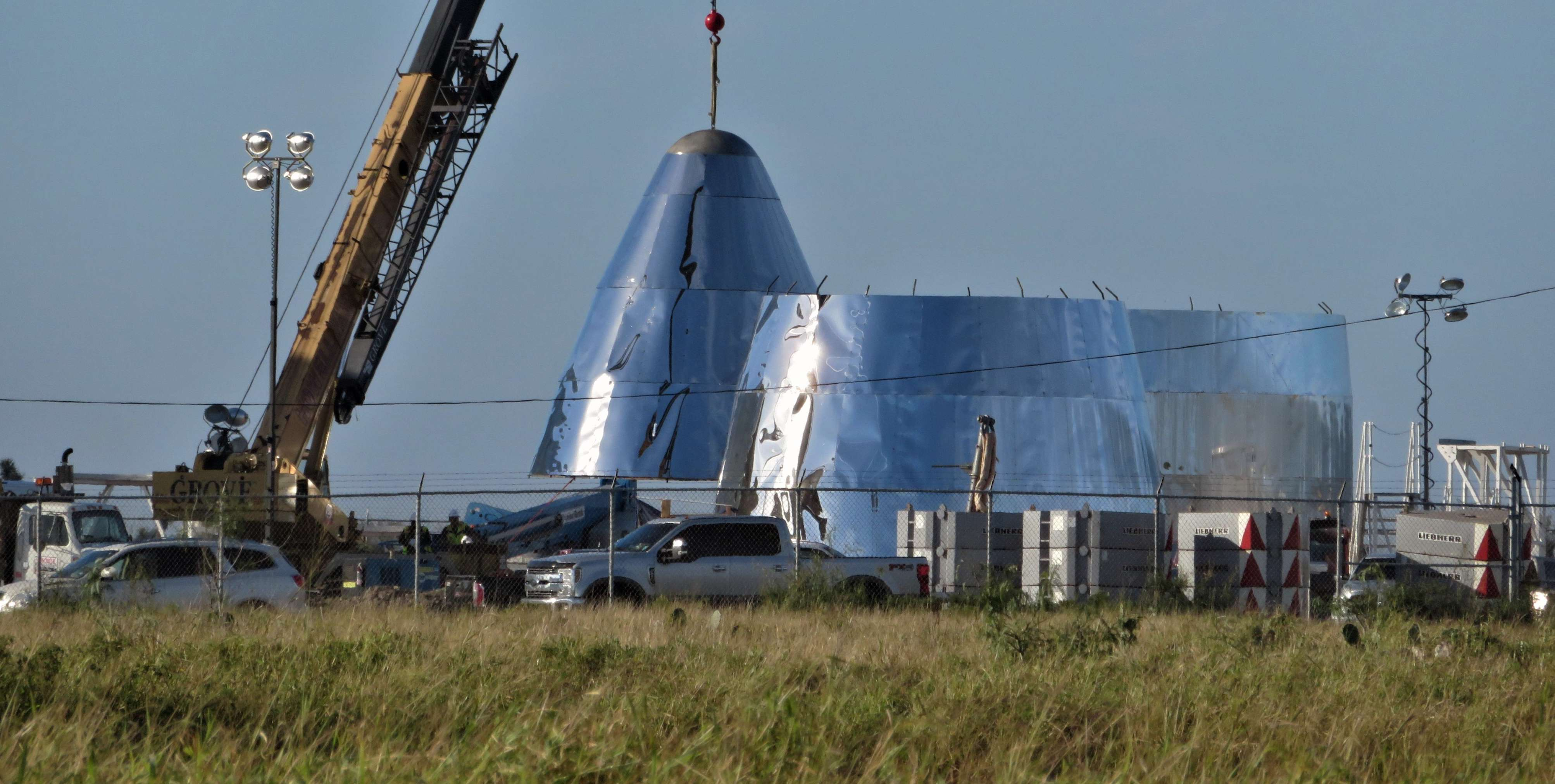 Boca Chica Starship Alpha progress 122318 (Maria Pointer – bocachicagal) 1(c)
