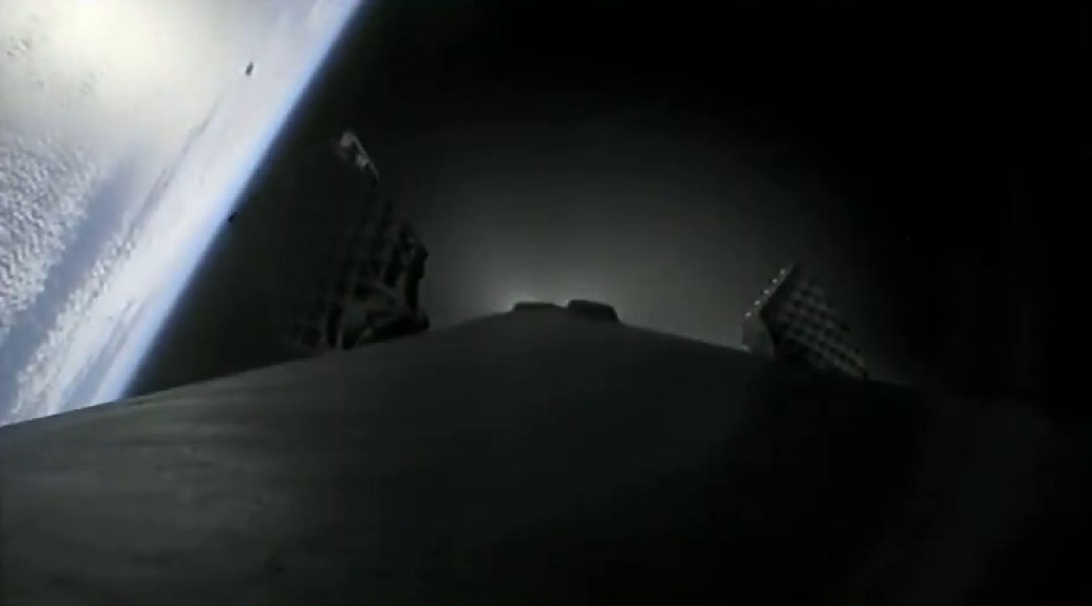 Falcon 9 B1046 SSO-A MECO + boostback (SpaceX) 2