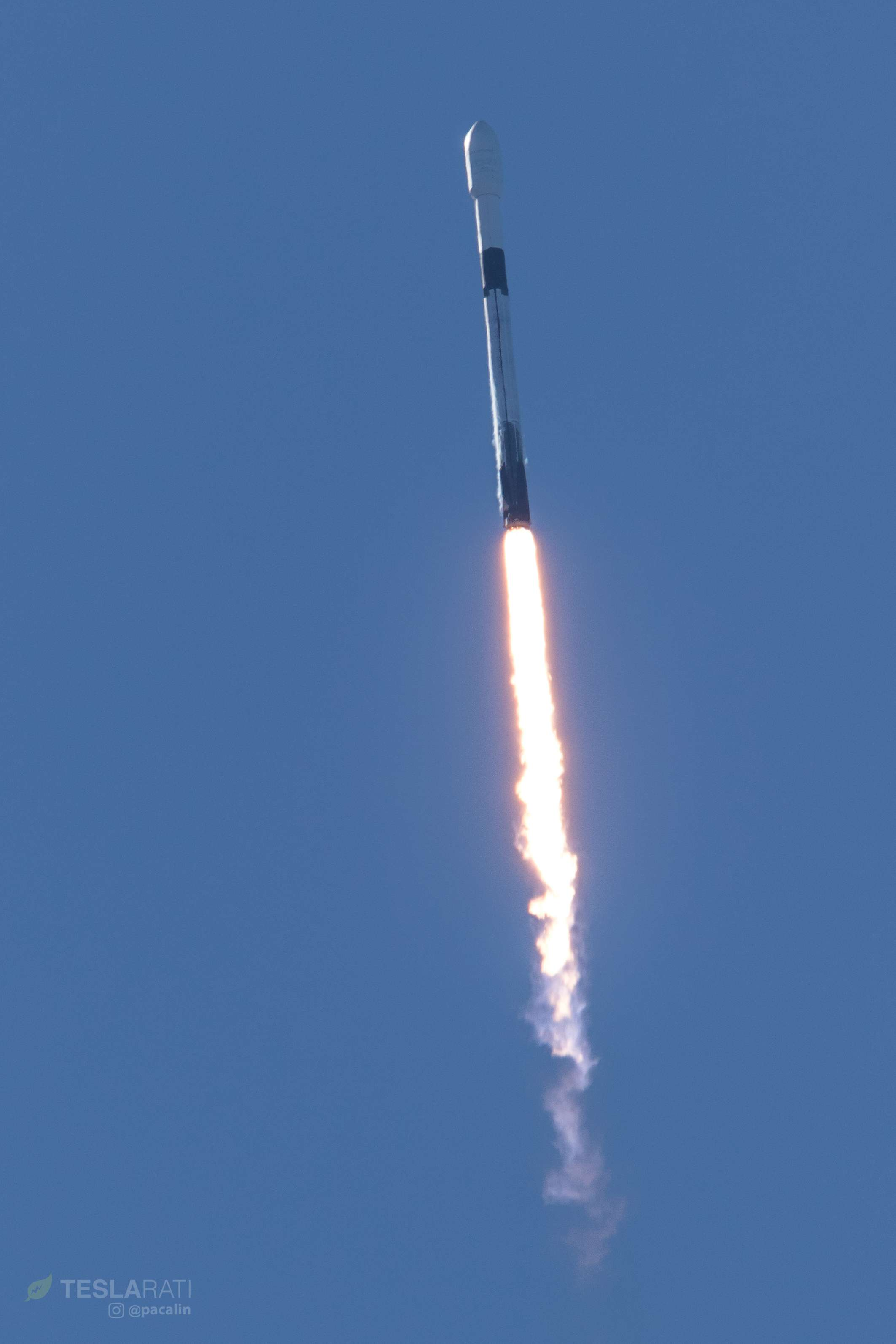 Falcon 9 B1046 SSO-A ascent (Pauline Acalin) 2(c)