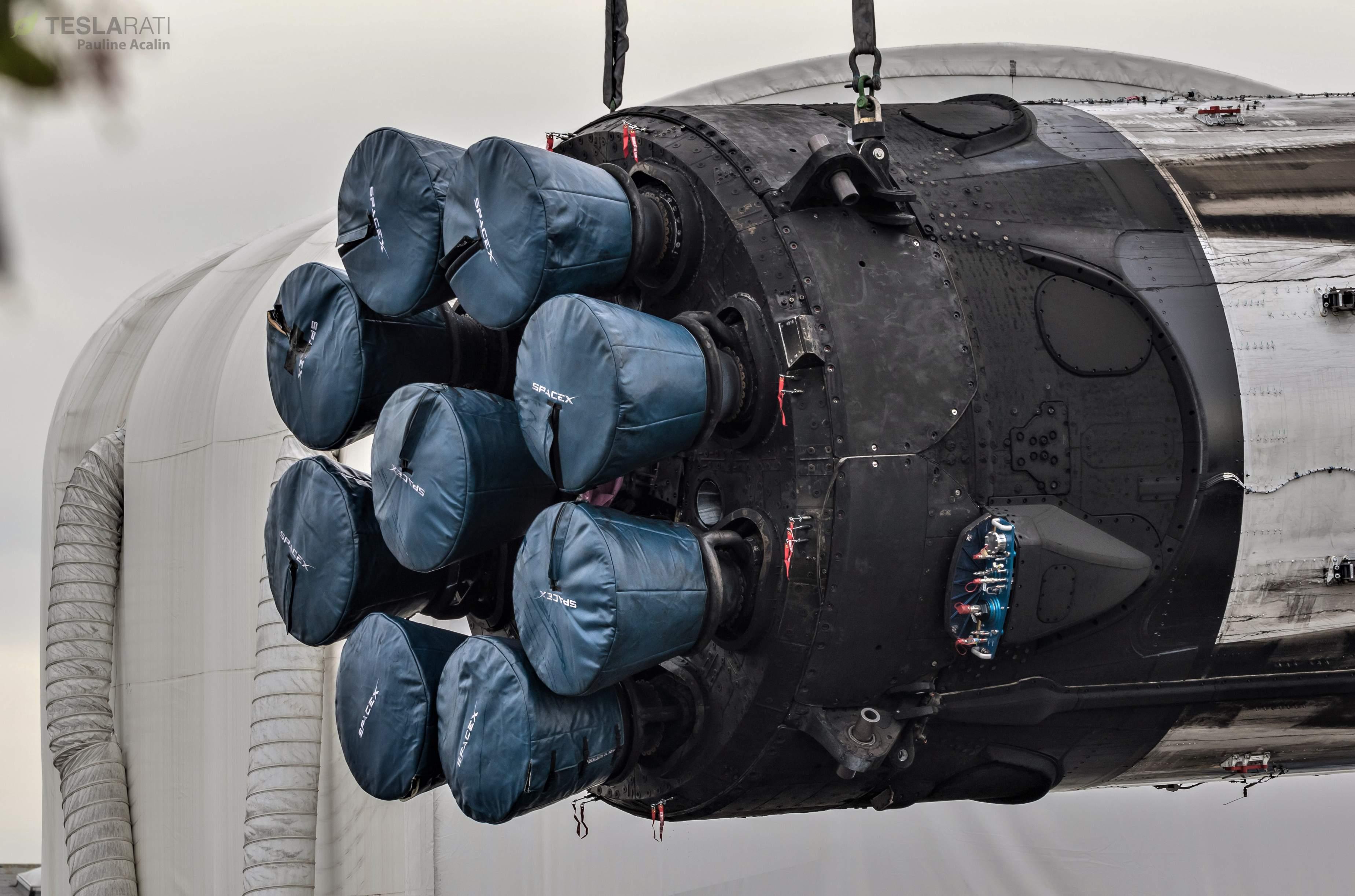 Falcon 9 B1046 SSO-A horizontal flip 121018 (Pauline Acalin) 2(c)