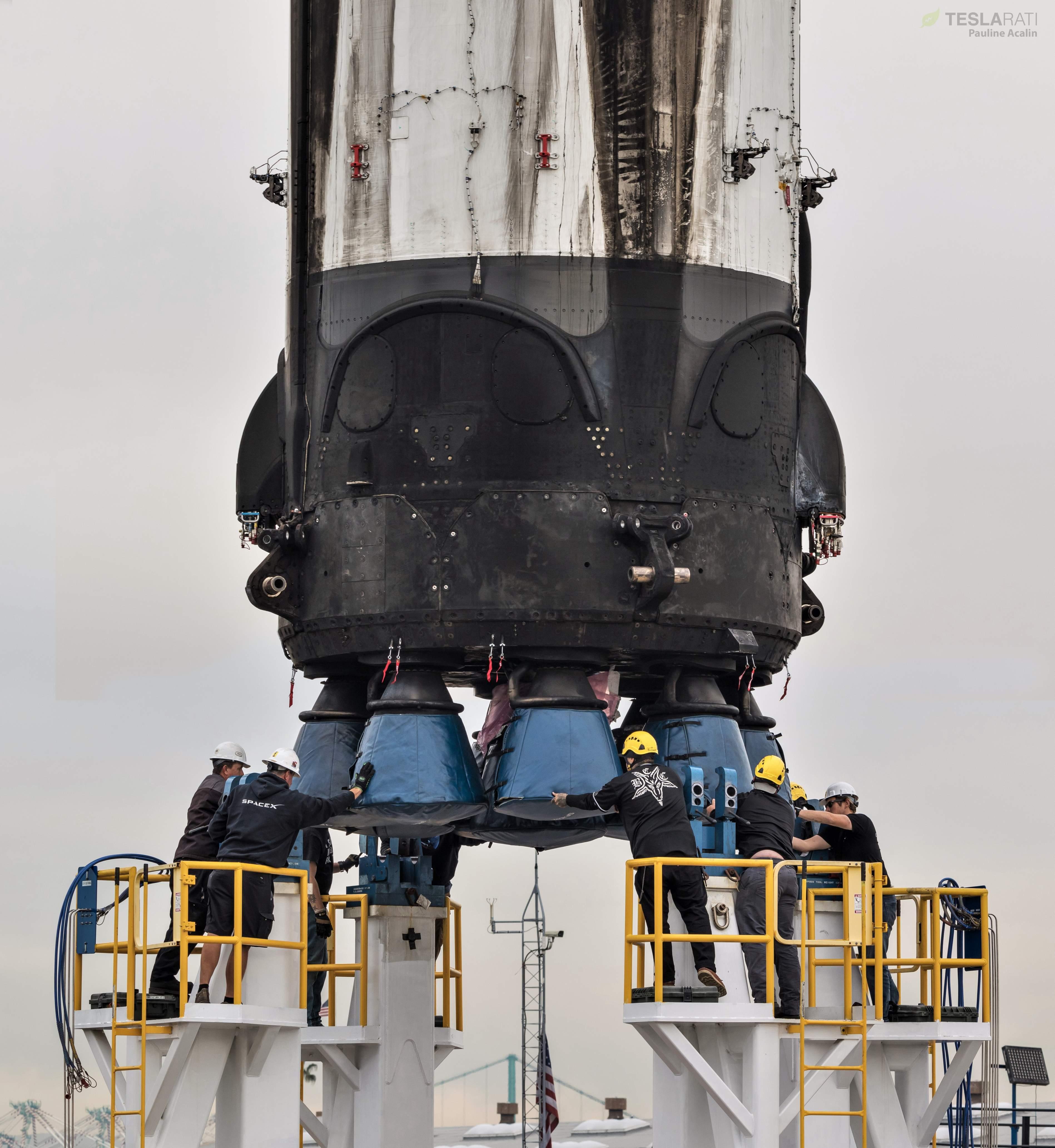 Falcon 9 B1046 SSO-A horizontal flip 121018 (Pauline Acalin) 9(c)