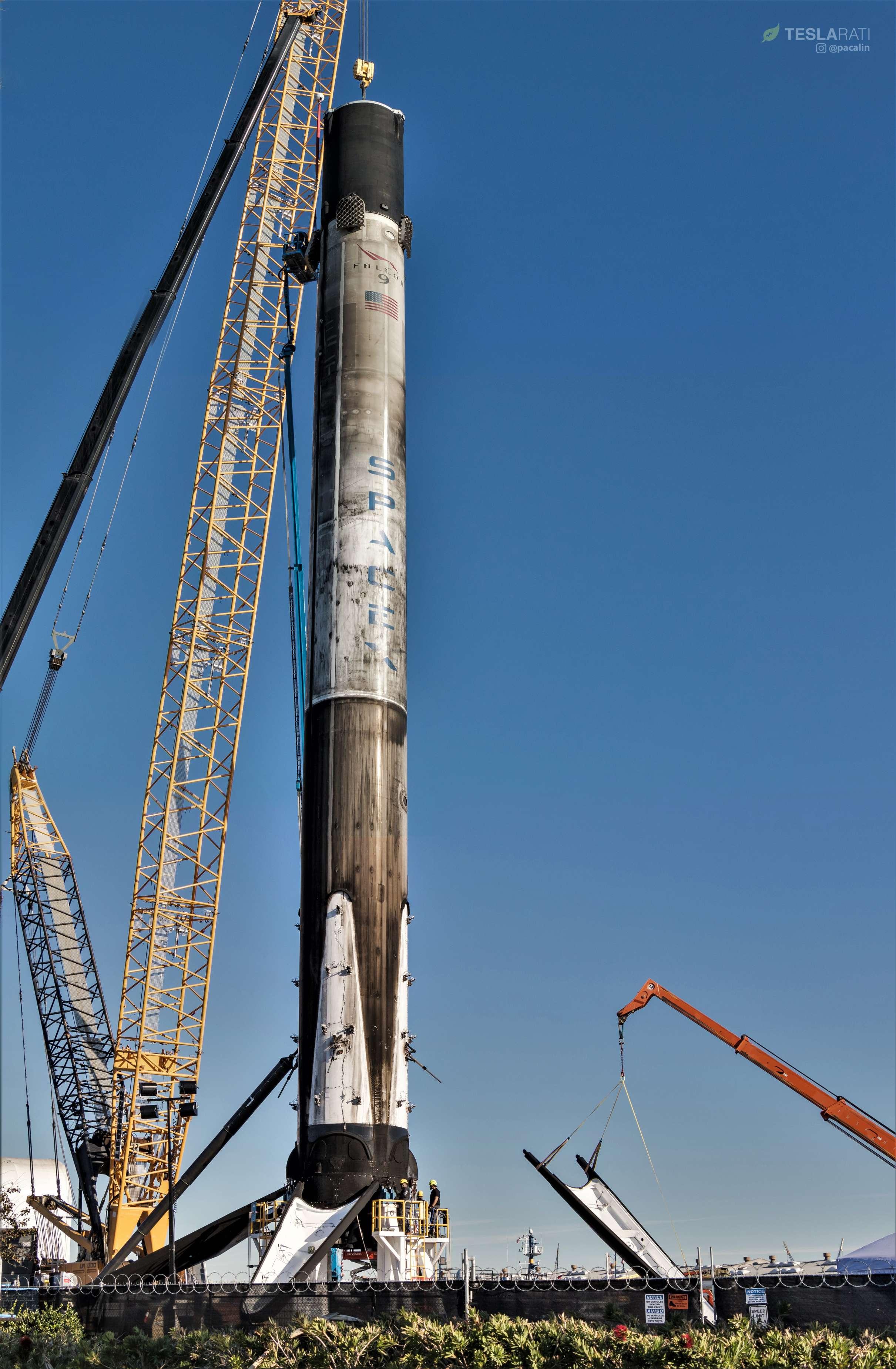 Falcon 9 B1046 SSO-A leg removal 120818 (Pauline Acalin) (17)(c)