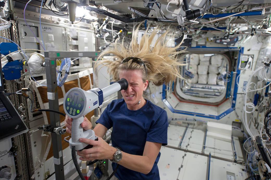 NASA_fundoscope_ISS