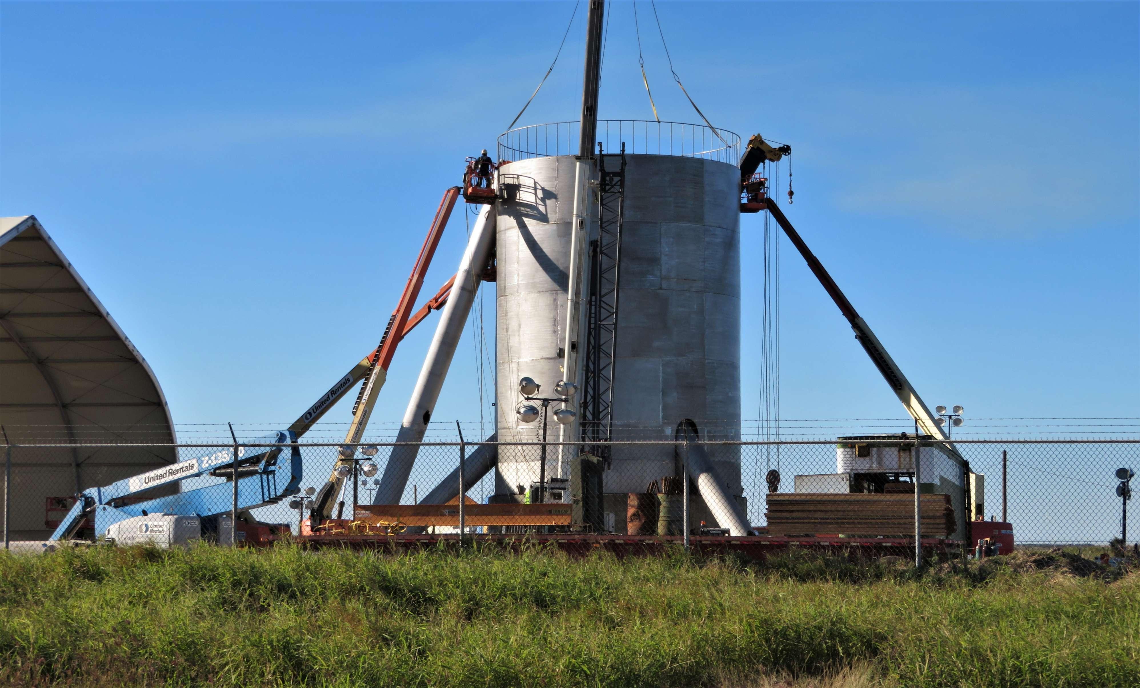 Starship hopper construction (bocachicagal – NASASpaceflight) 5(c)