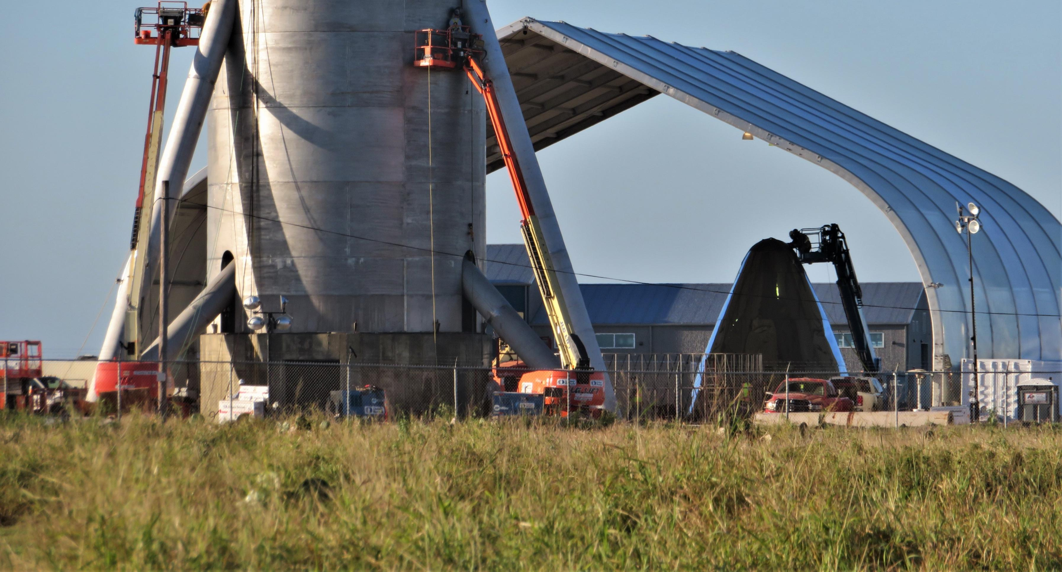 Starship hopper construction (bocachicagal – NASASpaceflight) overview 2 (c)
