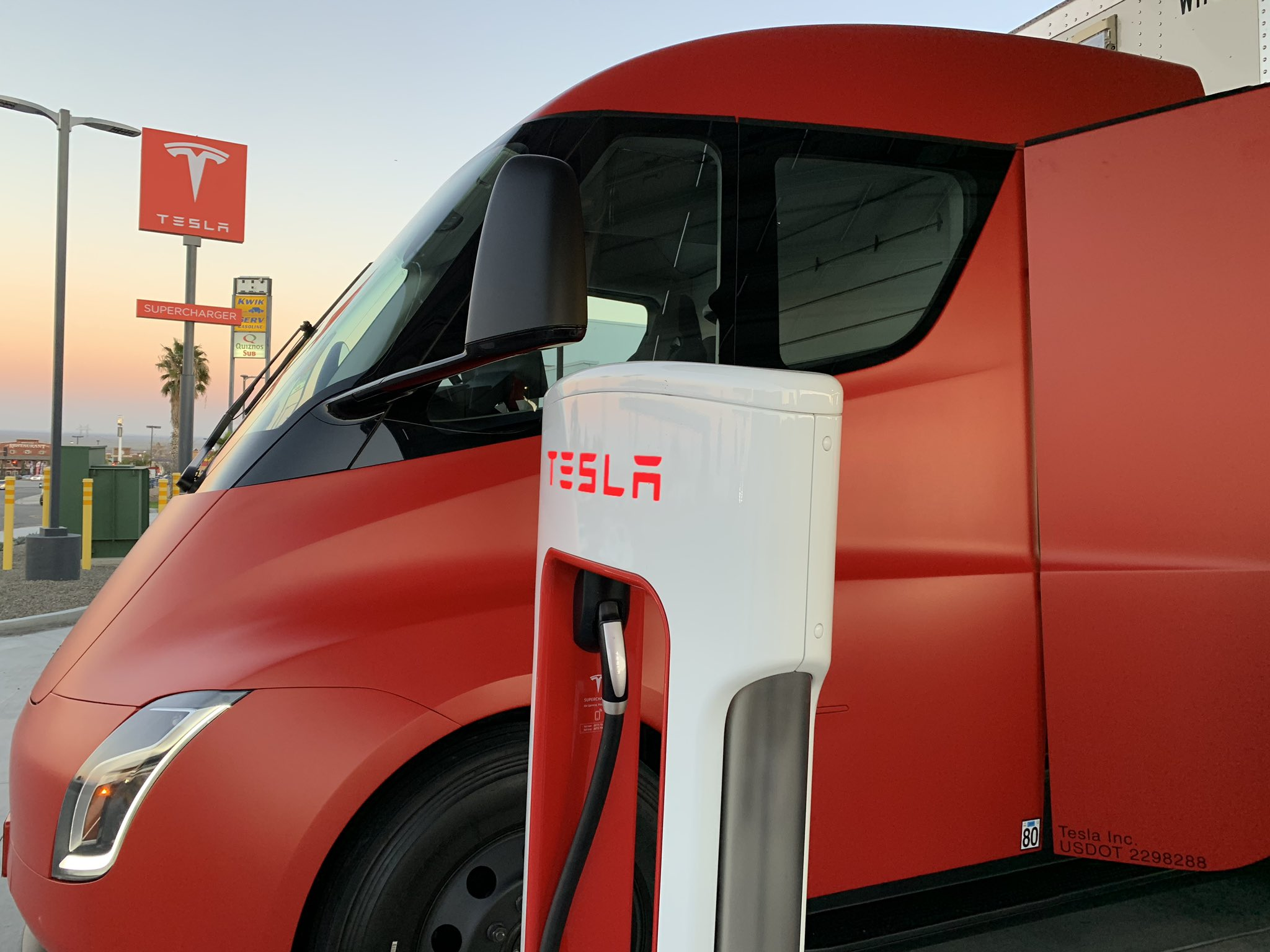 Tesla Semi red wrap 122818 (Tim Alguire) 2