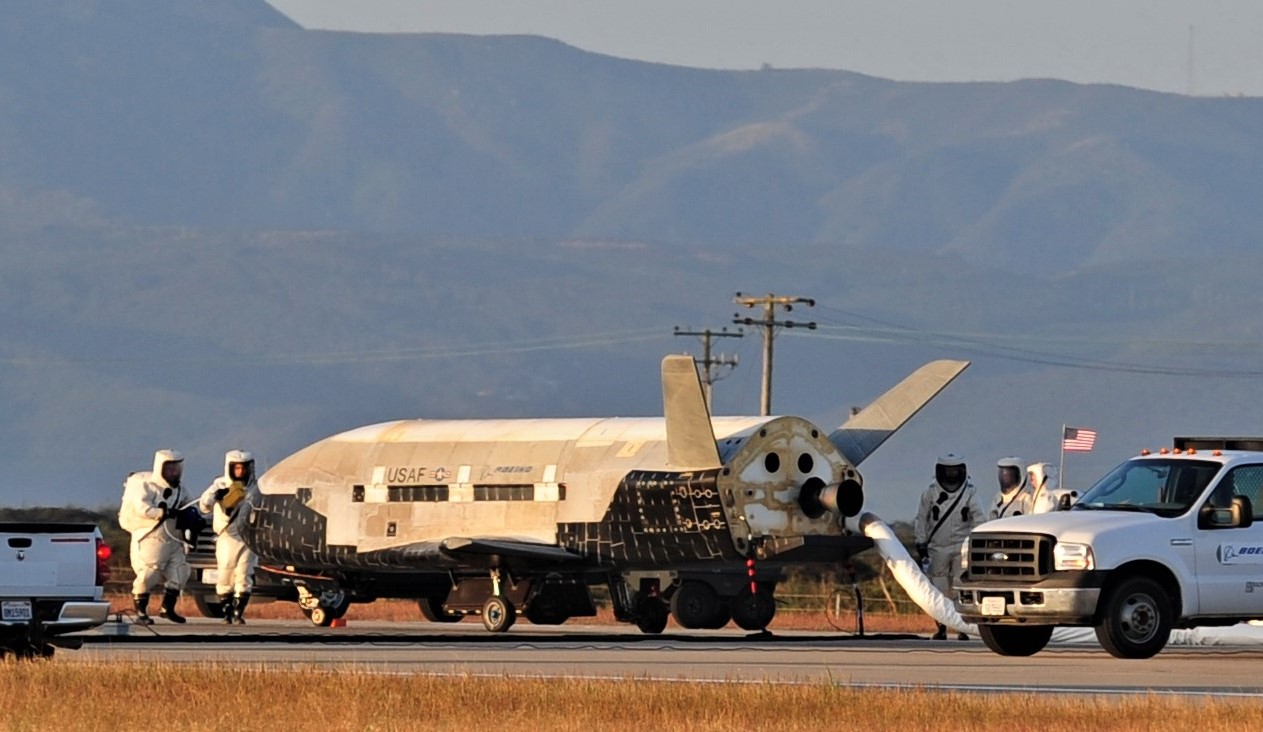 X-37B overview (USAF) 4