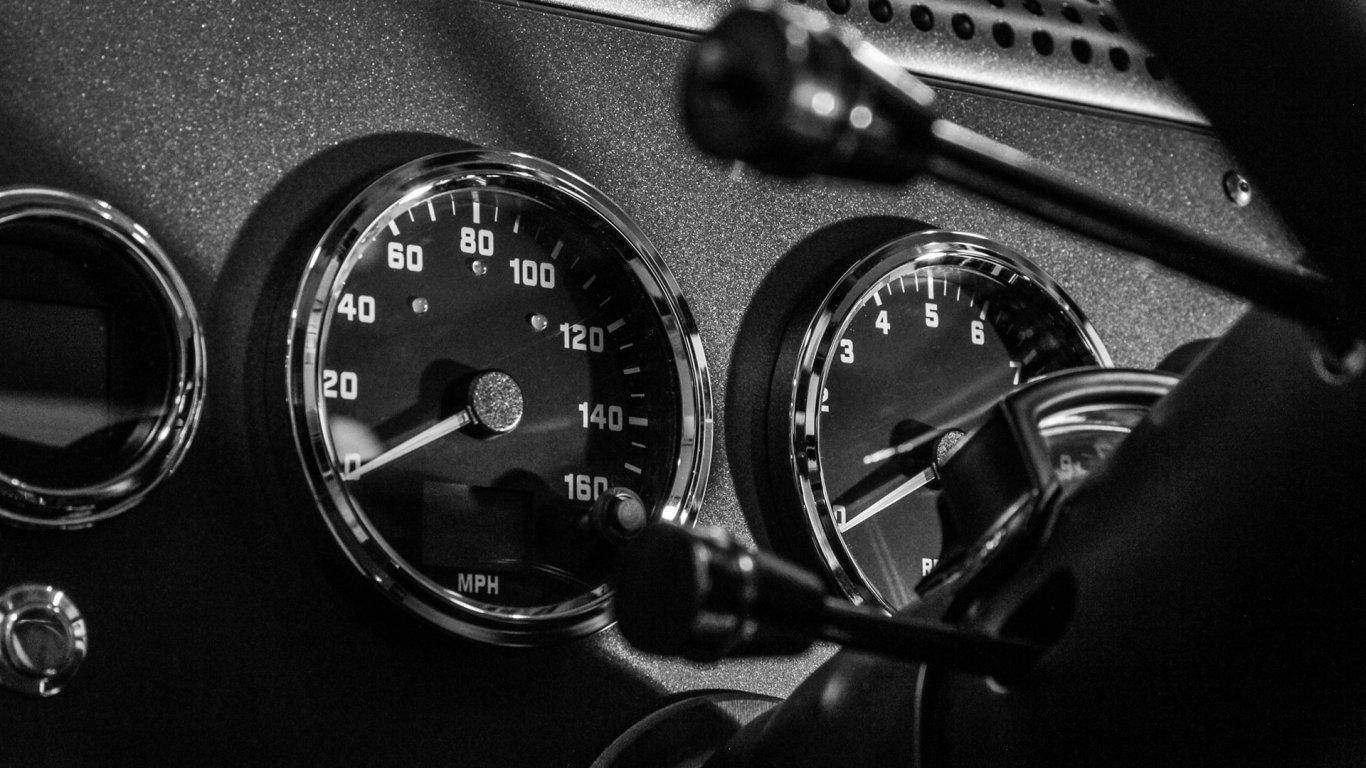 bollinger-b1-gauges