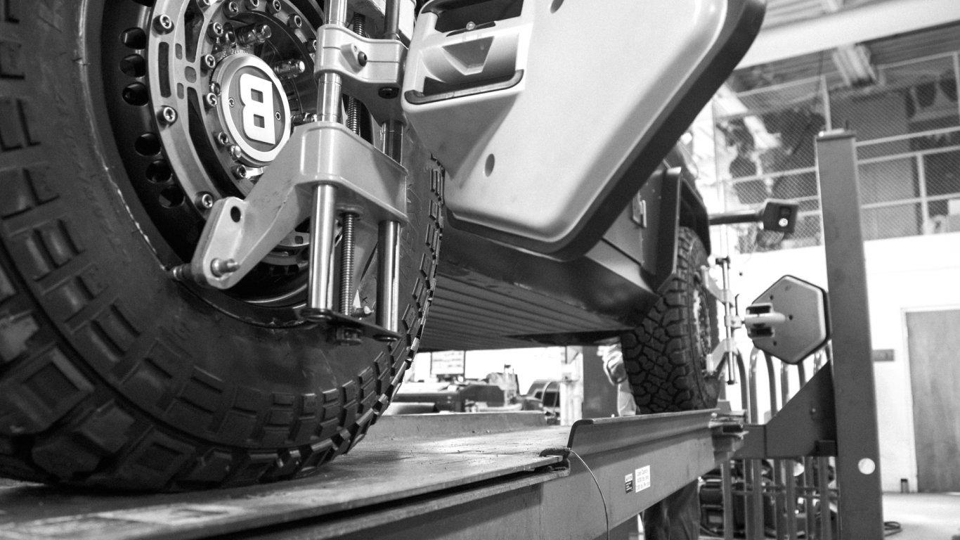 bollinger-b1-suspension