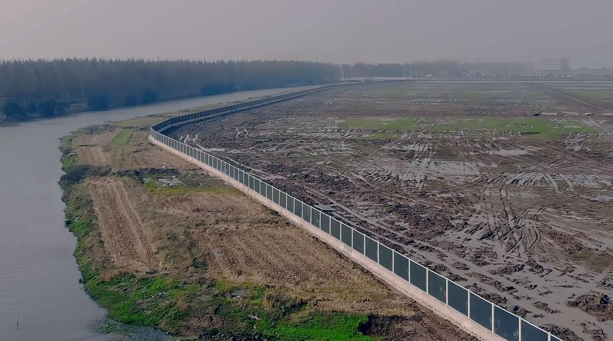 tesla-gigafactory-3-perimeter-fence