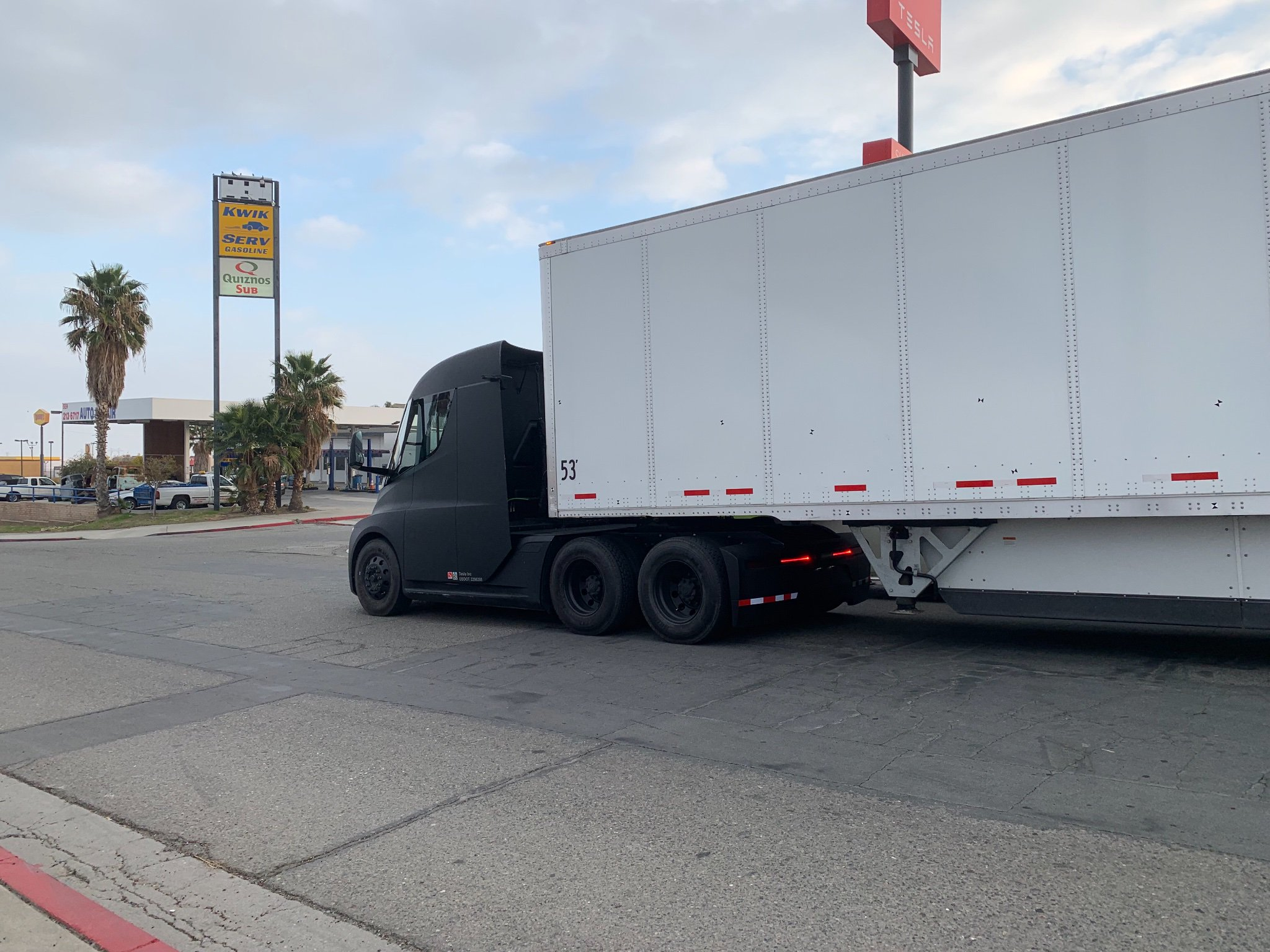 tesla-semi-matte-black-2