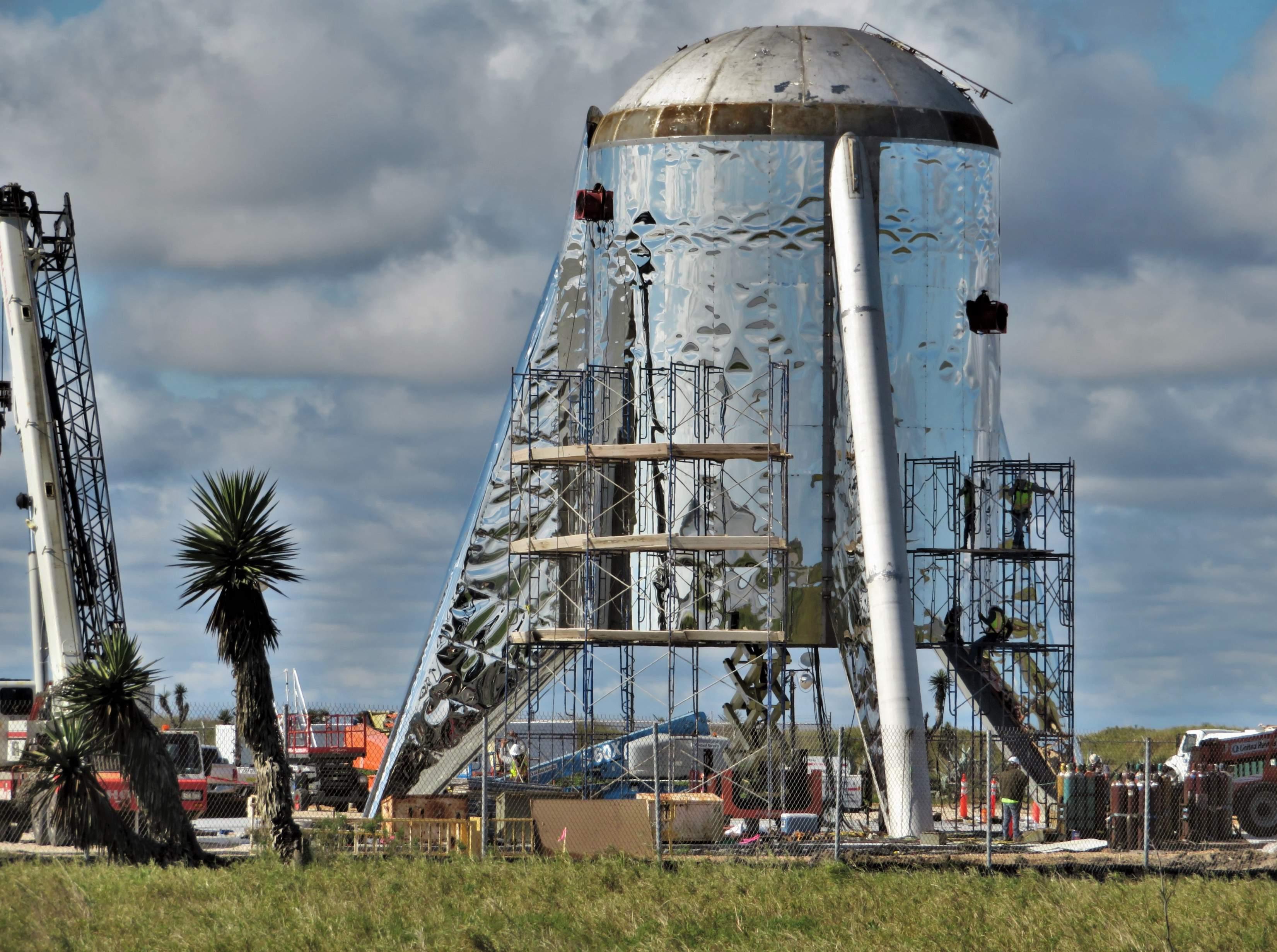 Boca Chica Starship dome work 012719 (NASASpaceflight – bocachicagal) 1 (c)