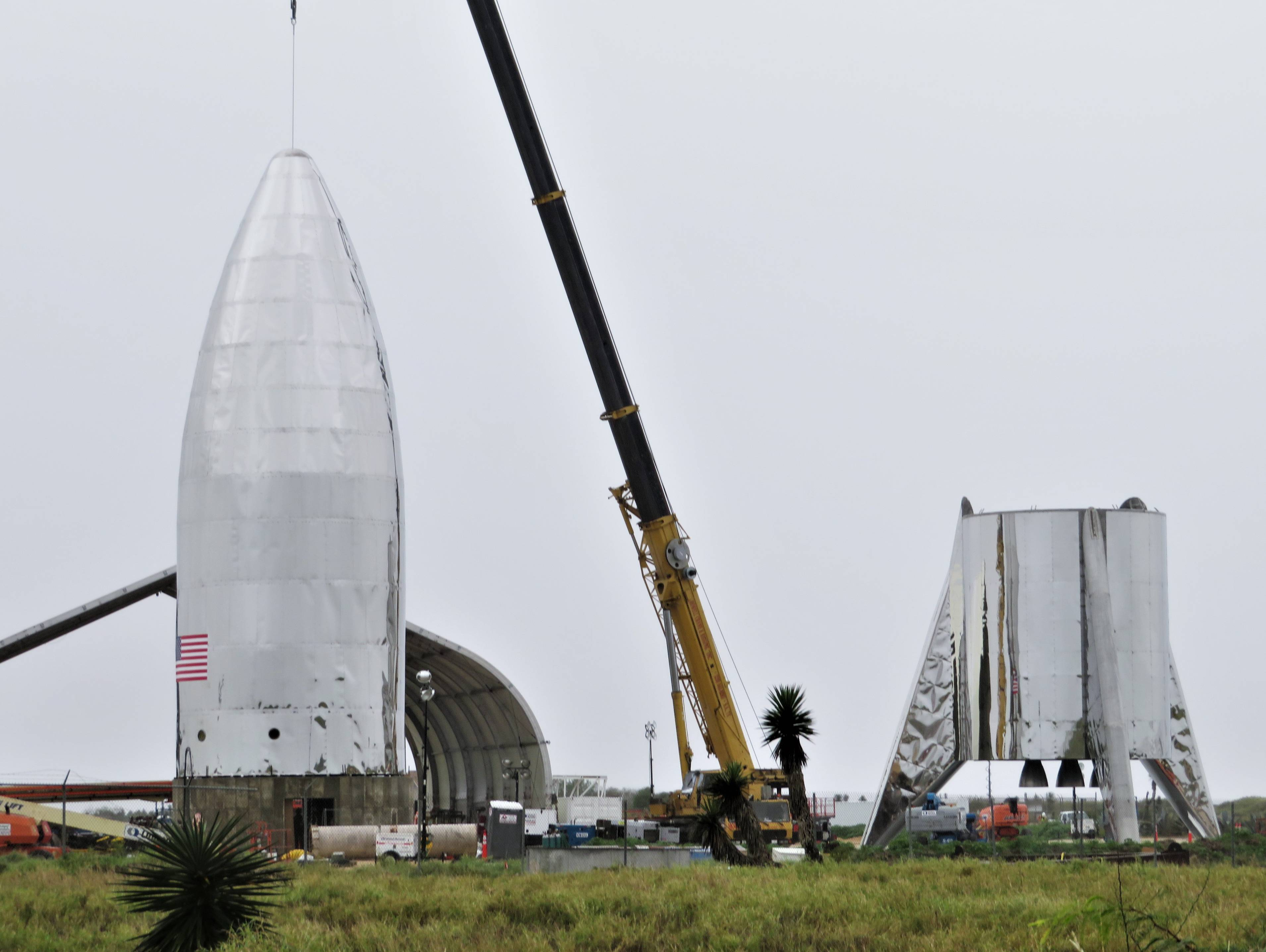 Boca Chica Starship tank install ops 011519 (NSF – bocachicagal) 3(c)