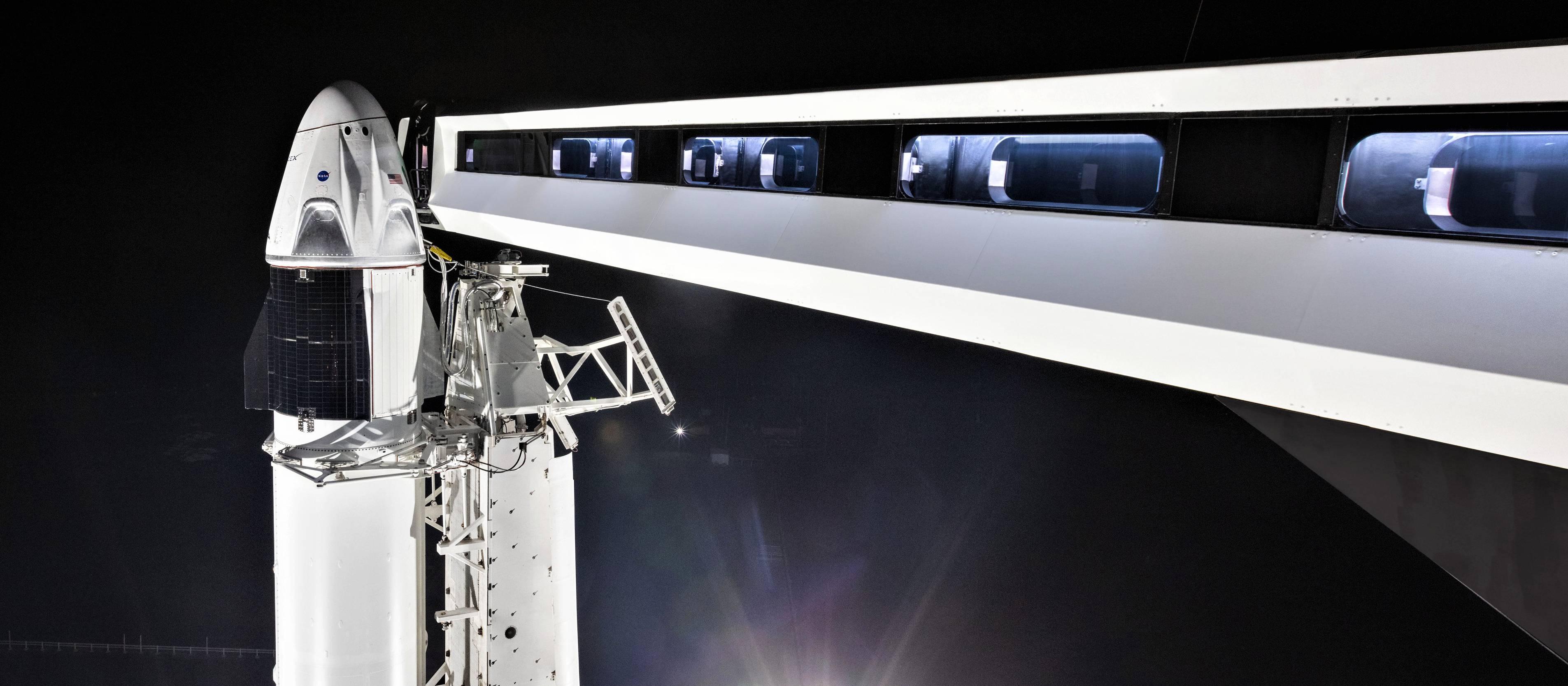 Crew Dragon DM-1 Falcon 9 B1051 rollout (SpaceX) 4(c)