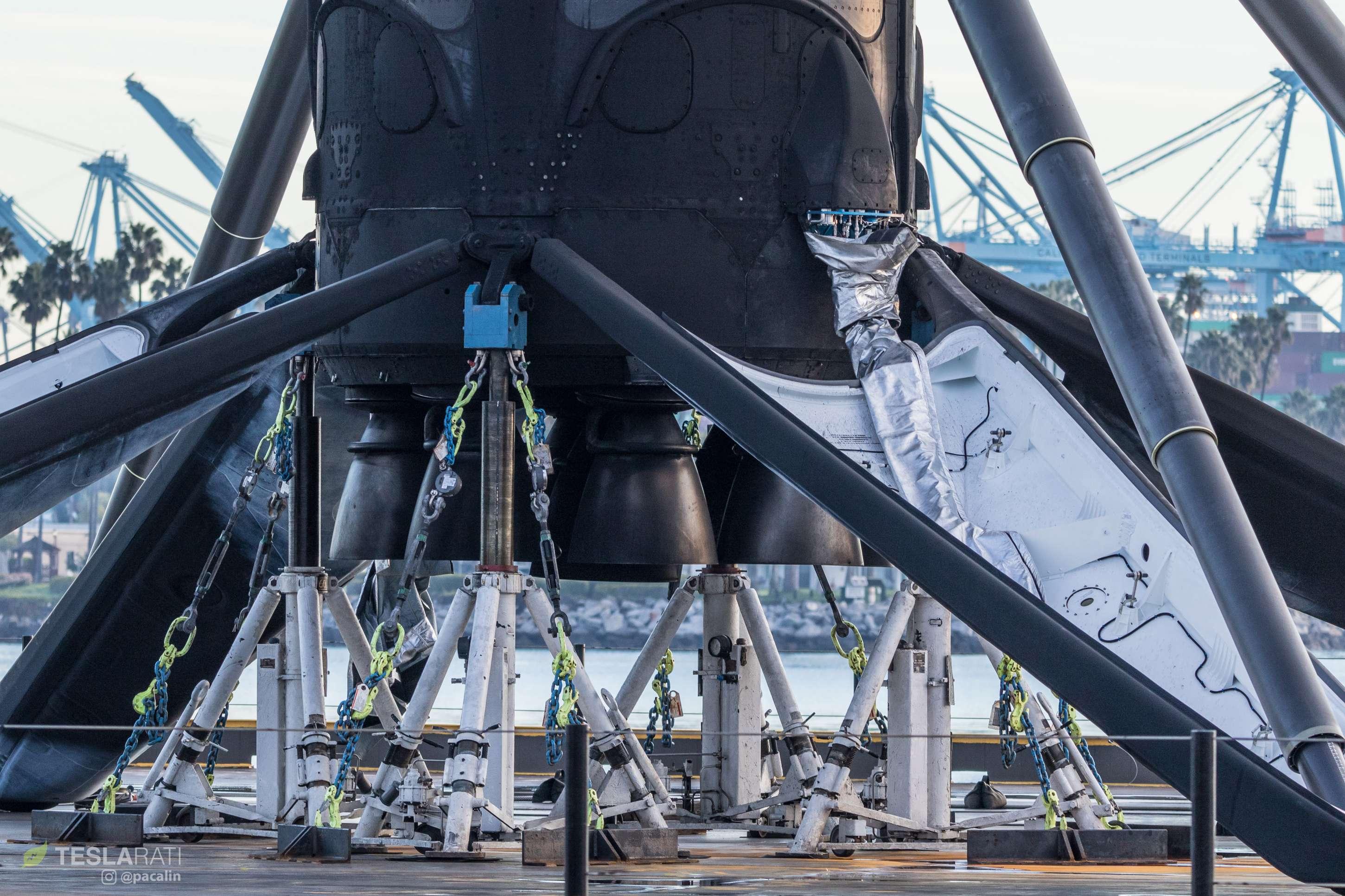 Falcon 9 B1049 Iridium-8 dawn return 011318 (Pauline Acalin) detail 2(c)