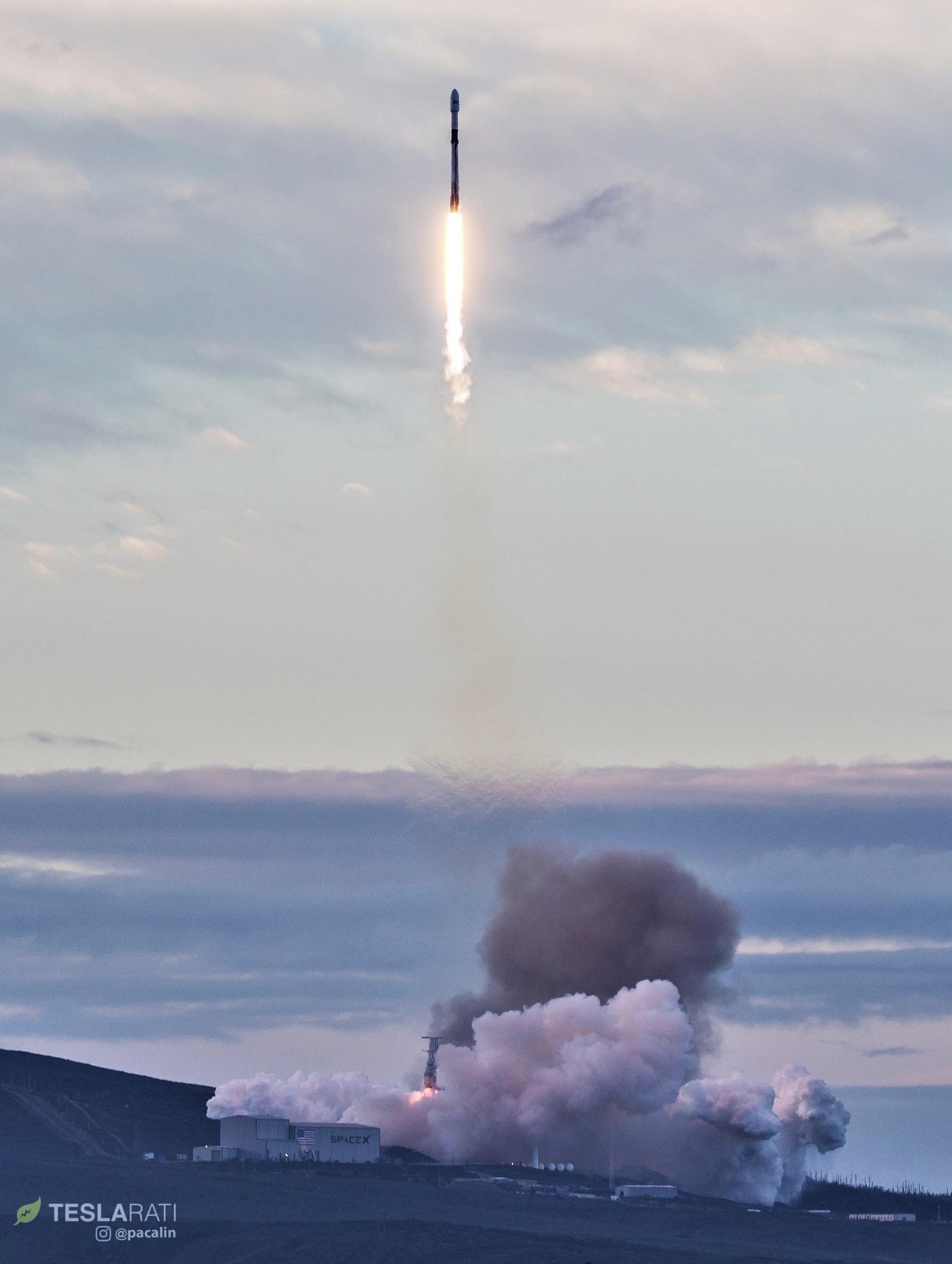 Falcon 9 B1049 Iridium-8 iftoff (Pauline Acalin) 1(c)