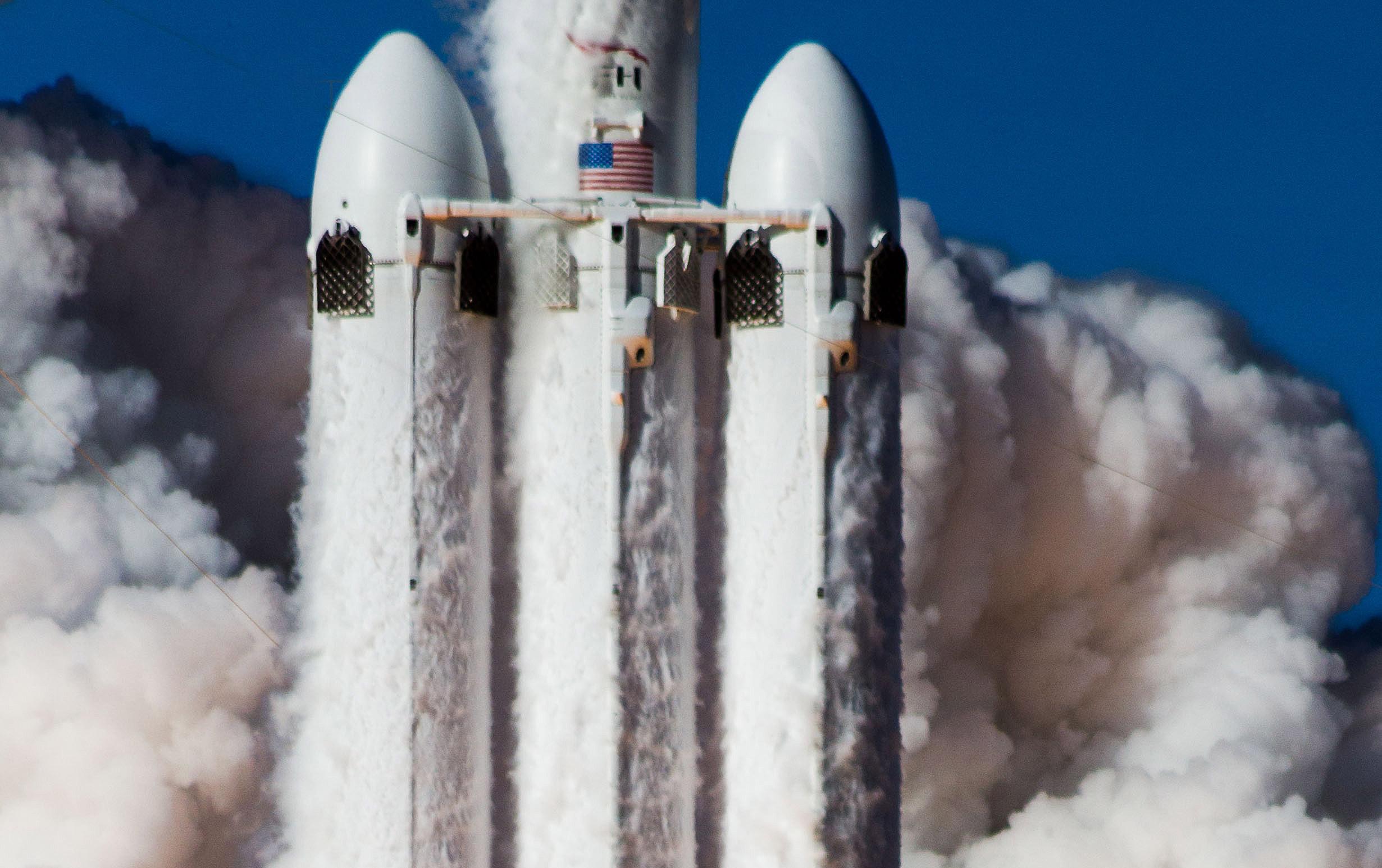 Falcon Heavy takes flight (Tom Cross) crop 1