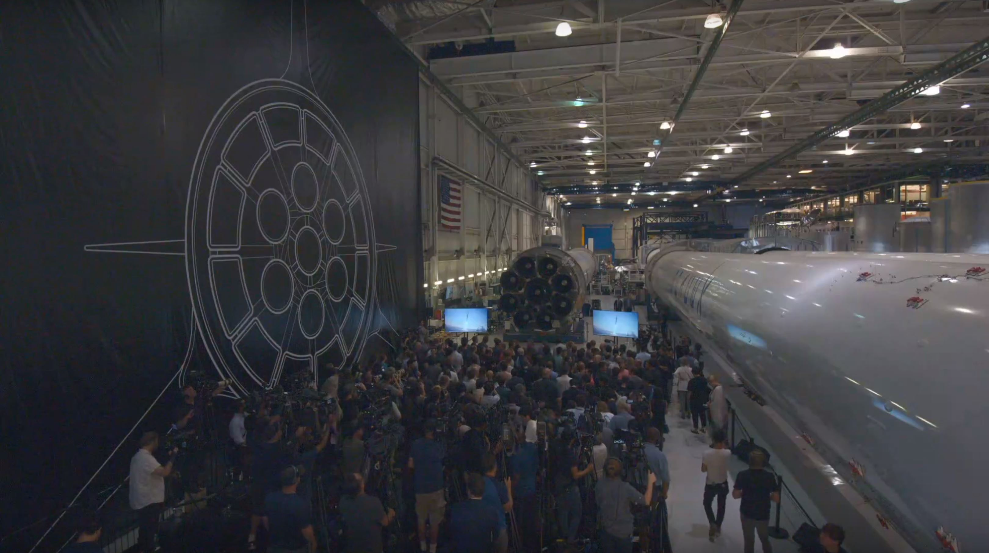 Hawthorne Falcon assembly floor (SpaceX) 1