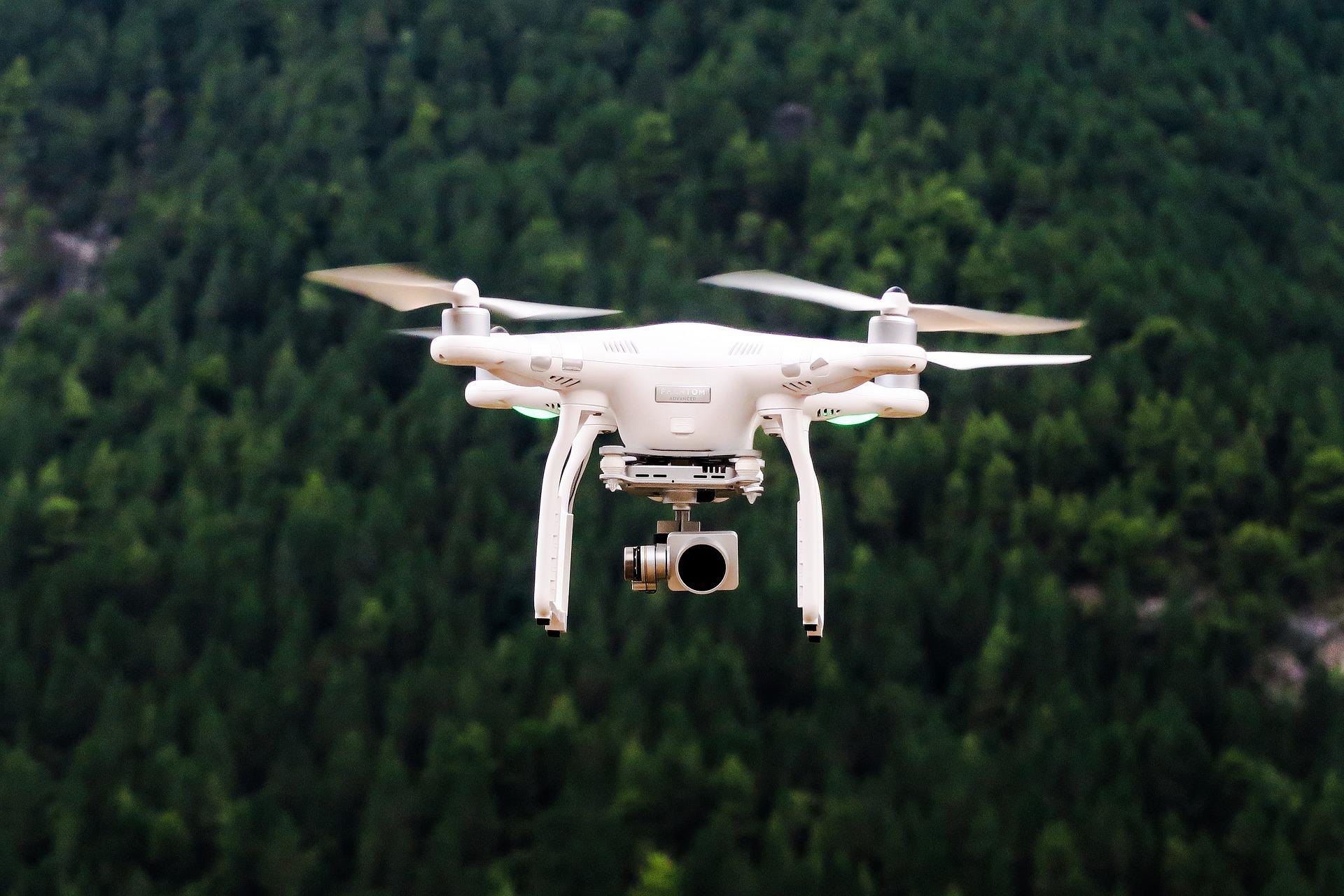 Drone_camera_flight