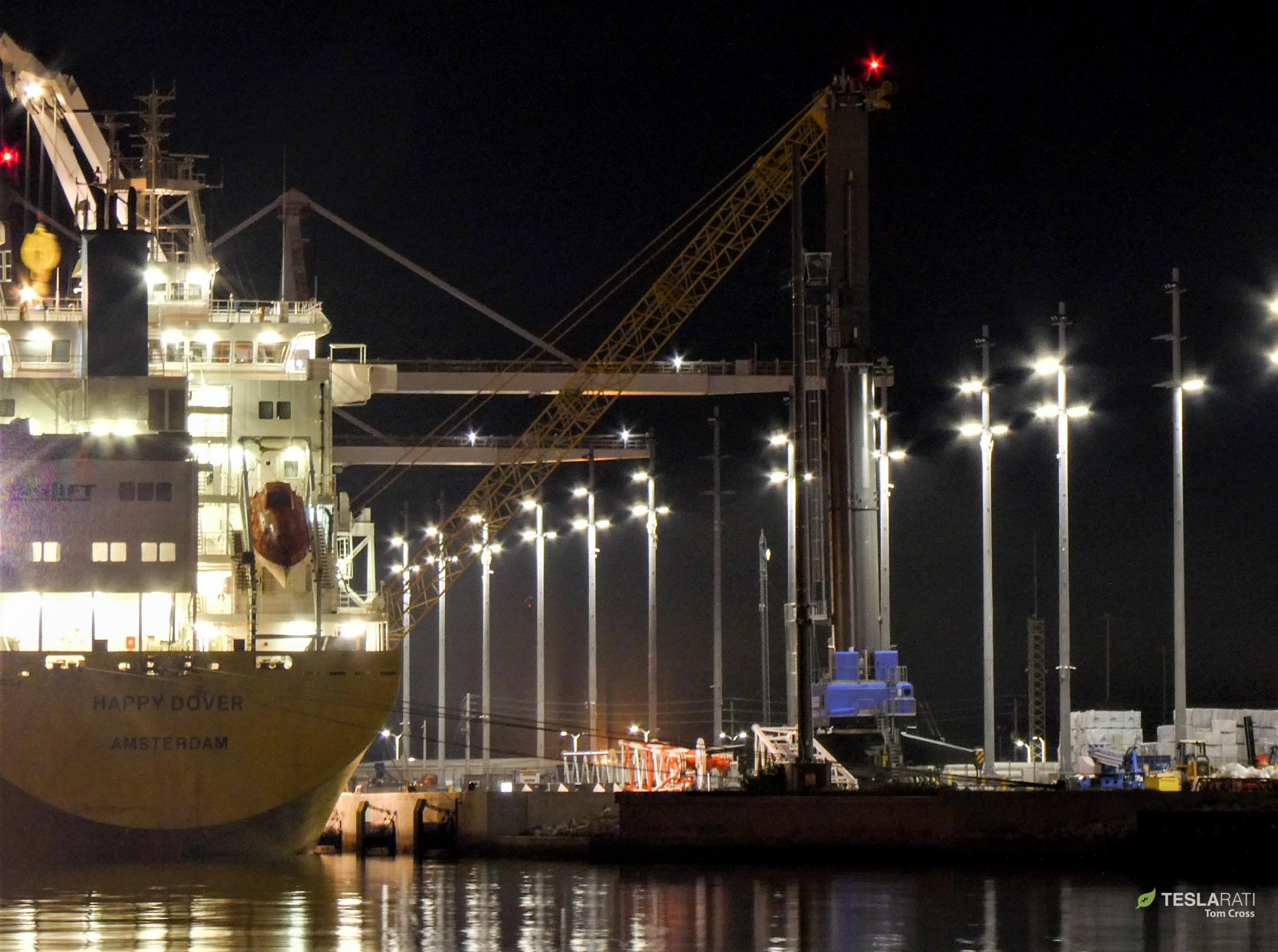 giant Liebherr crane Port Canaveral arrival 011819 (Tom Cross) 1