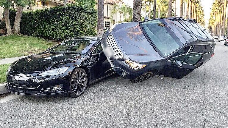 Tesla Model S Survives One In A Million Traffic Accident
