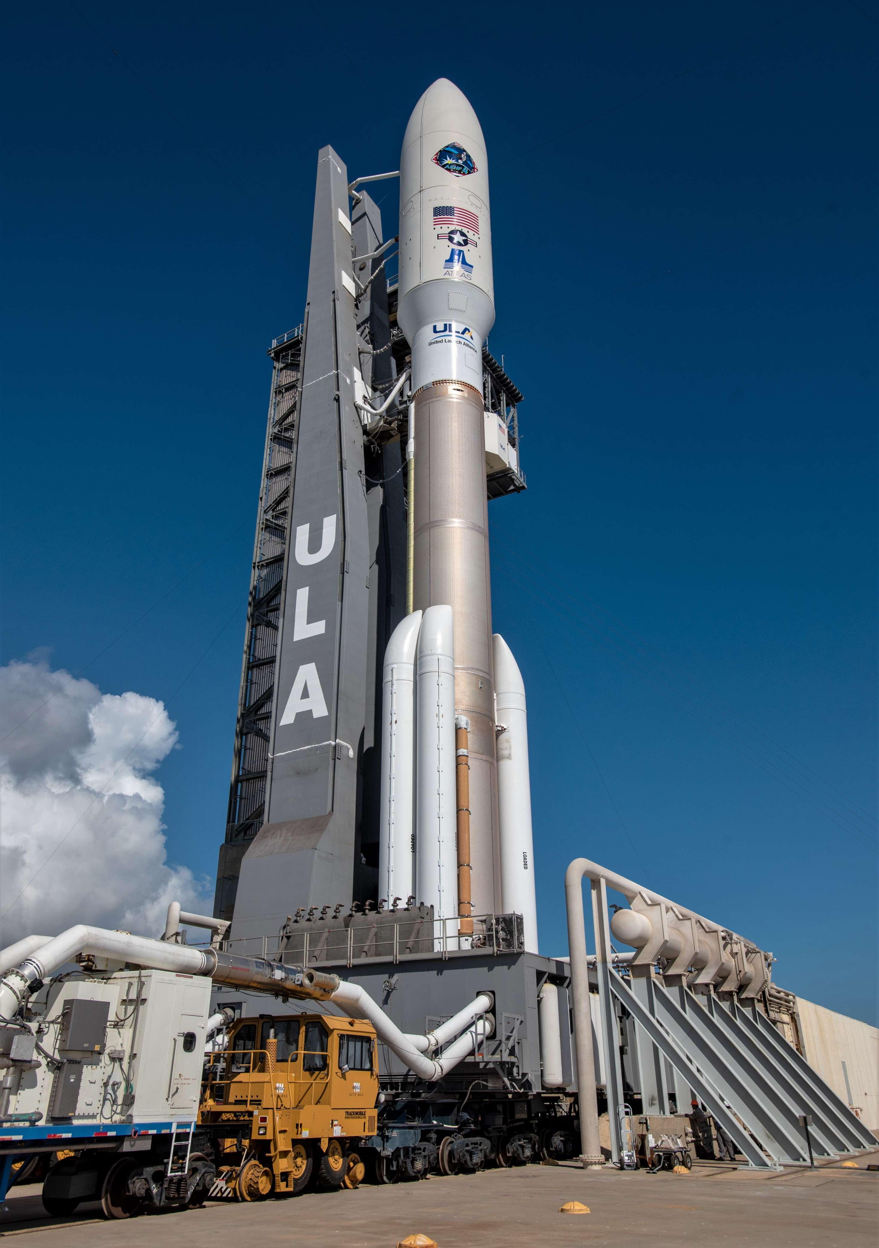 Atlas V AEHF-4 rollout (ULA) 3 (c)