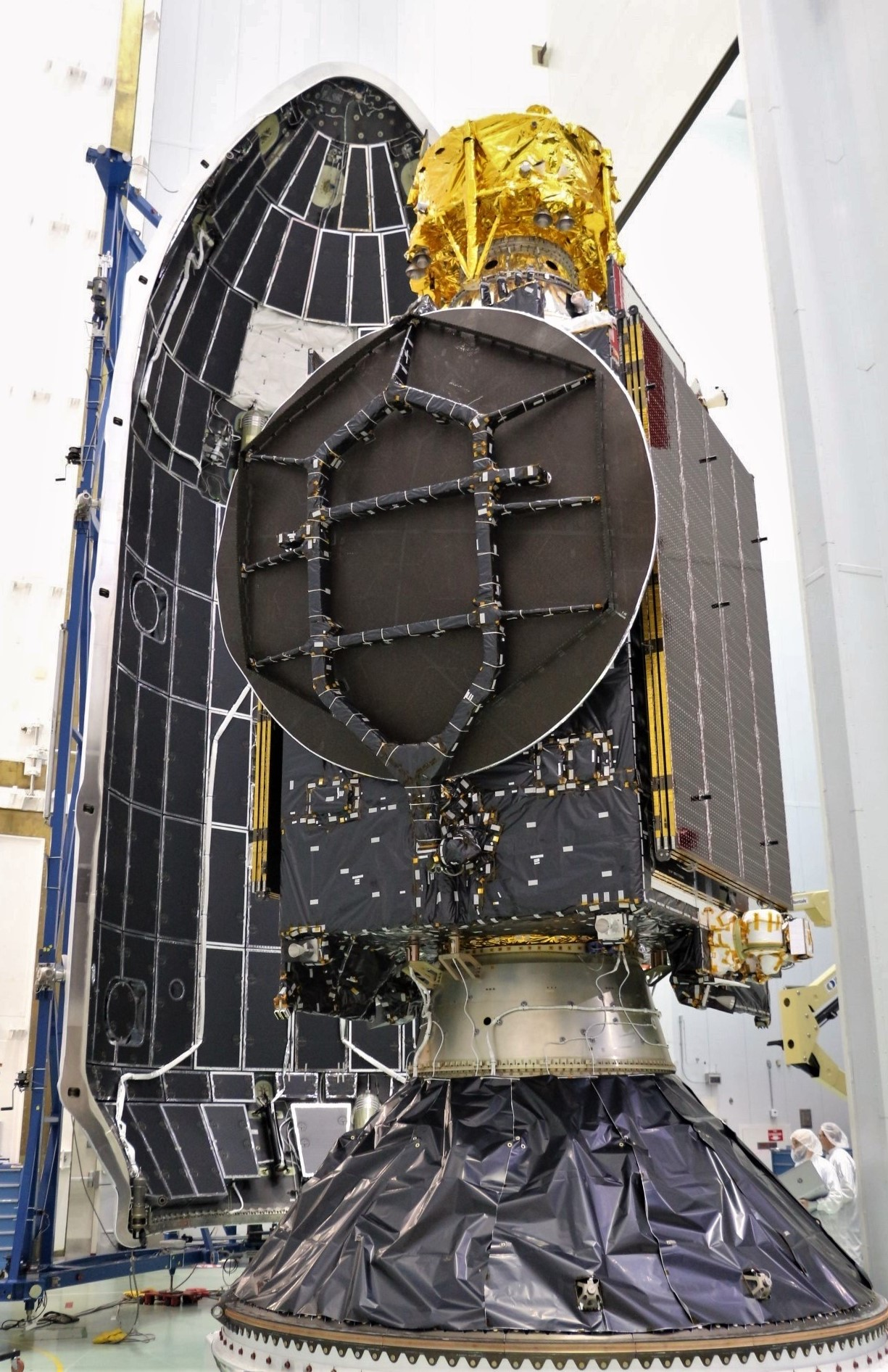 Beresheet S5 PSN-6 stack and fairing (SpaceIl – SpaceX)