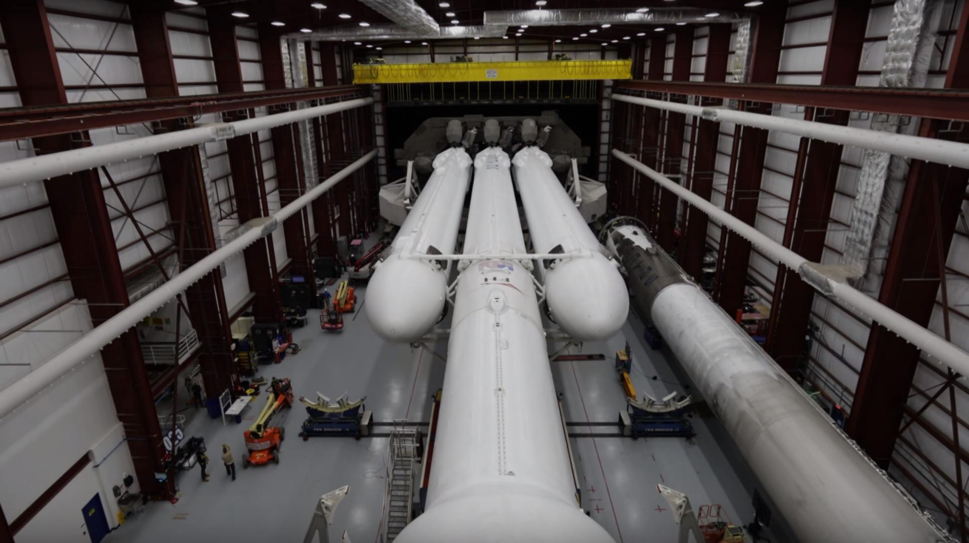 Falcon Heavy (SpaceX) 20(c)
