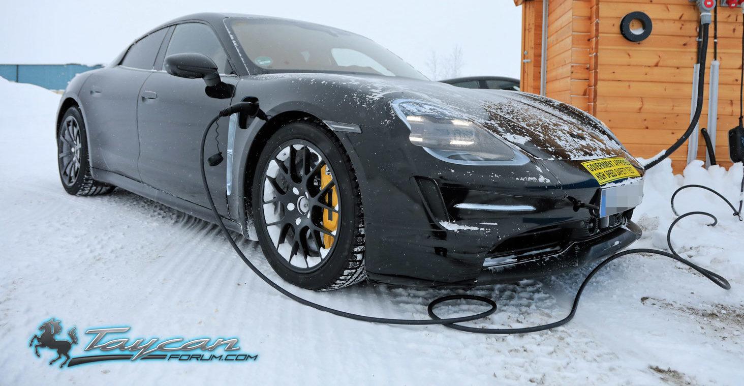 Porsche-Taycan-Prototype-winter-11