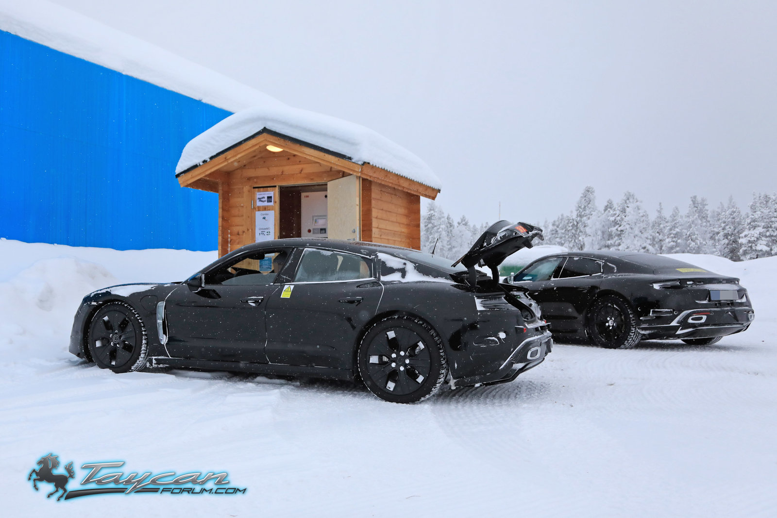 Porsche-Taycan-Prototype-winter-13