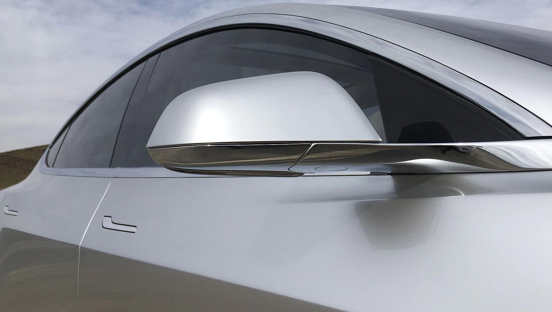 Tesla-Model-3-side-mirror-1 (1)