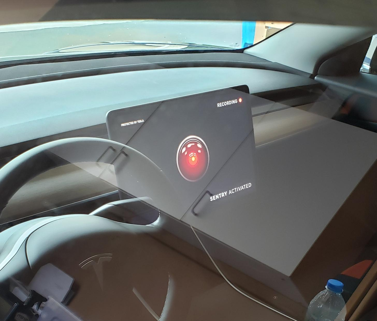 First look at Tesla's Sentry Mode HAL 9000 'Space Odyssey