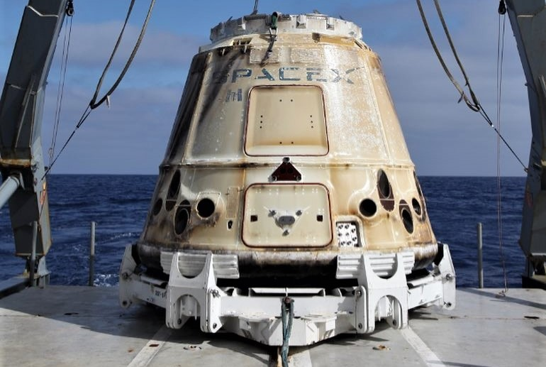 CRS-15 C111 recovery (SpaceX) crop