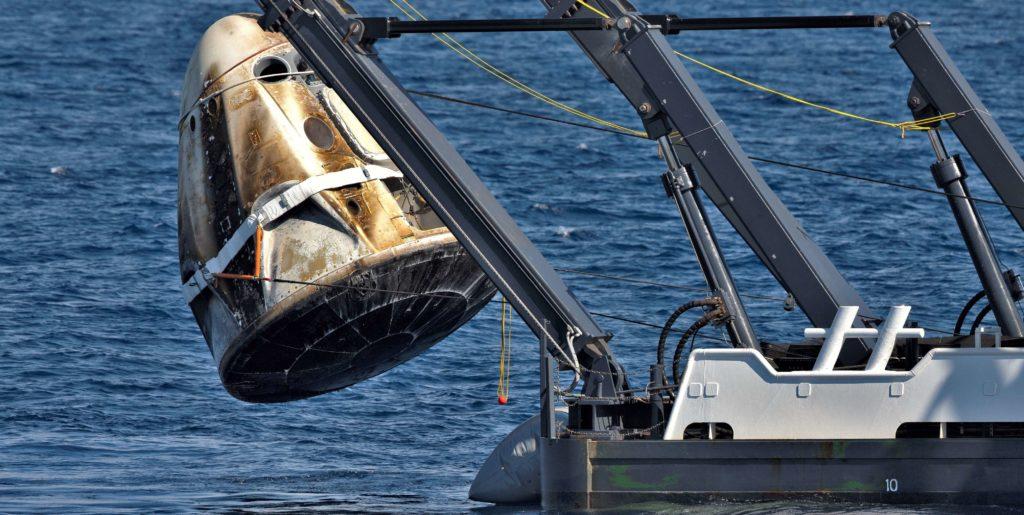 https://www.teslarati.com/wp-content/uploads/2019/03/Crew-Dragon-DM-1-GO-Searcher-recovery-ops-030819-NASA-Cory-Huston-1-crop-c-1024x515.jpg