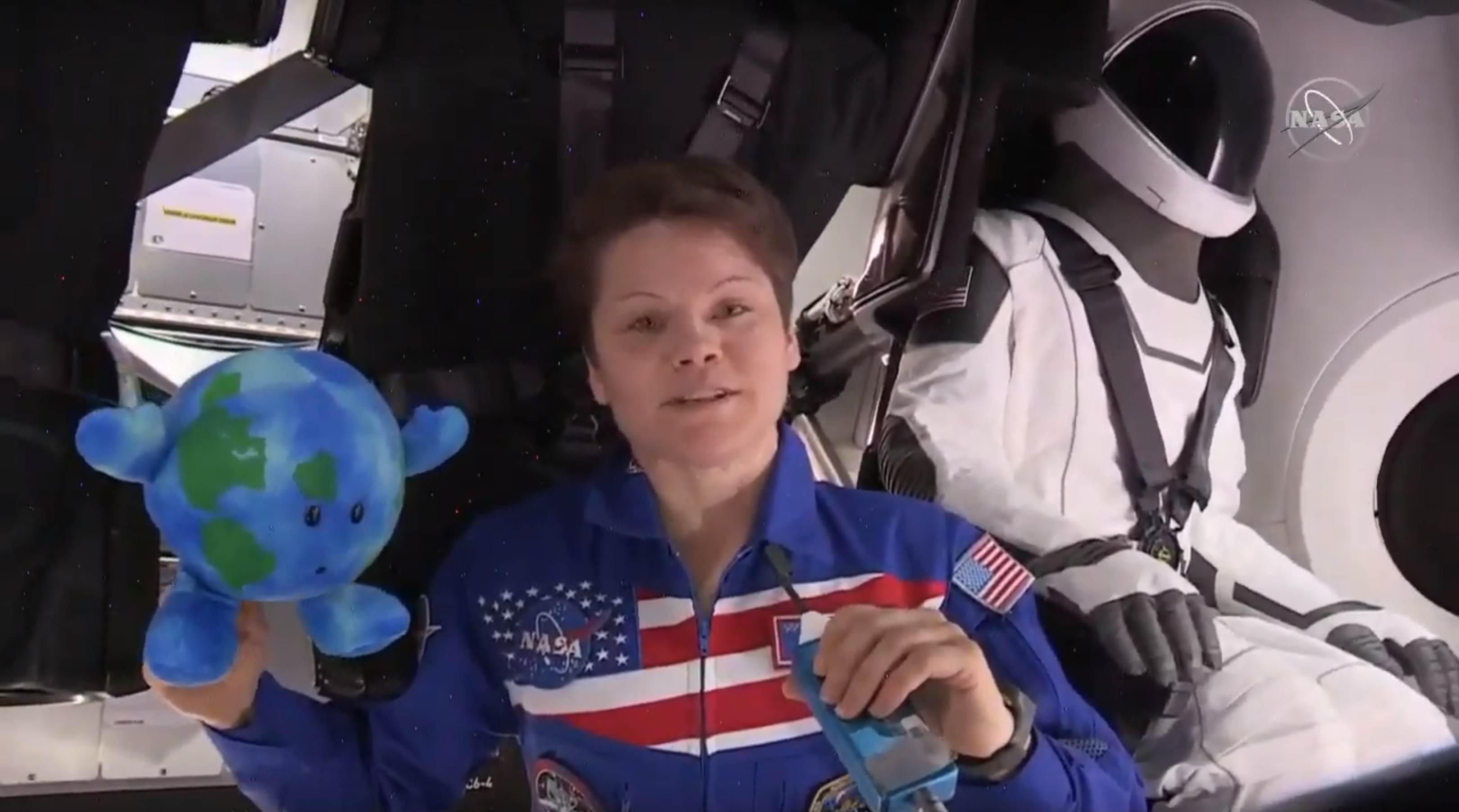 Crew Dragon DM-1 ISS arrival 030319 (NASA-SpaceX) Anna Earth Ripley 1