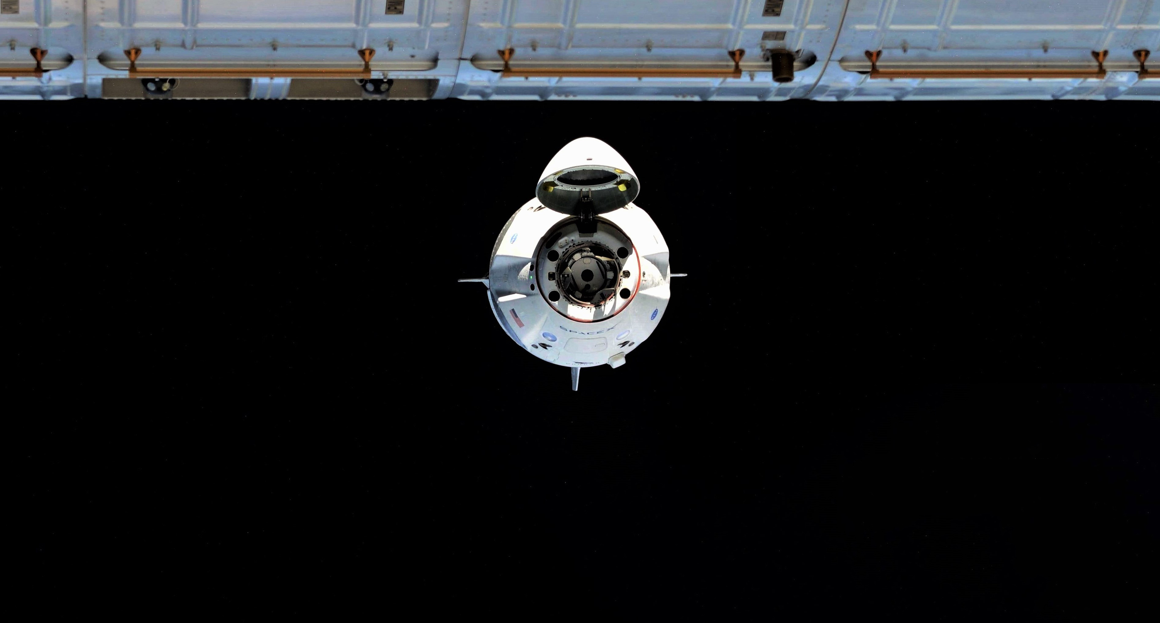 Crew Dragon DM-1 ISS arrival 030319 (Oleg Kononenko) 1 crop 3 edit