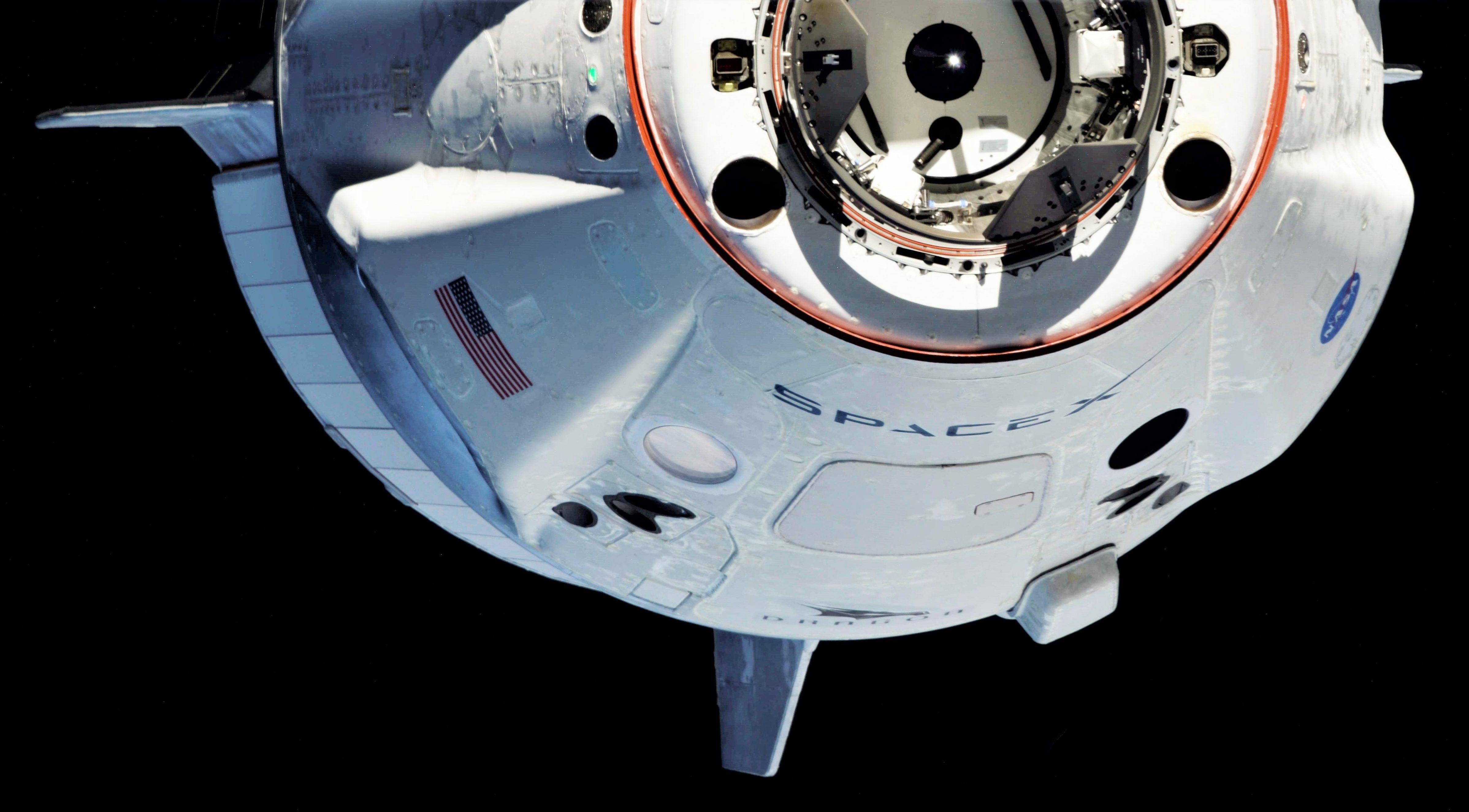 Crew Dragon DM-1 ISS arrival 030319 (Oleg Kononenko) 2 edit 4
