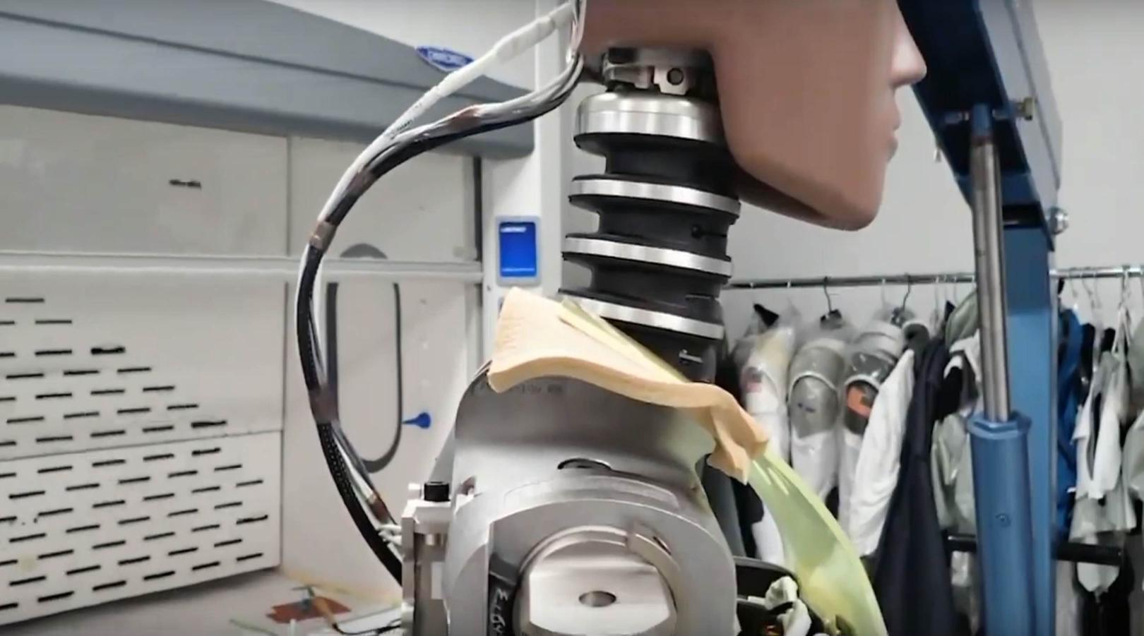 Crew Dragon DM-1 Ripley (SpaceX) 4