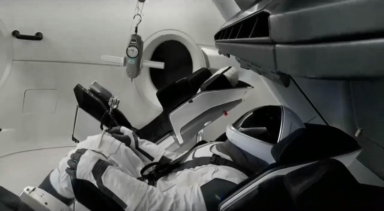 Crew Dragon DM-1 Ripley (SpaceX) 5