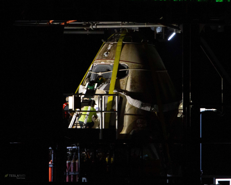 Crew Dragon DM-1 capsule port return 031019 (Tom Cross) detail 1 (c)