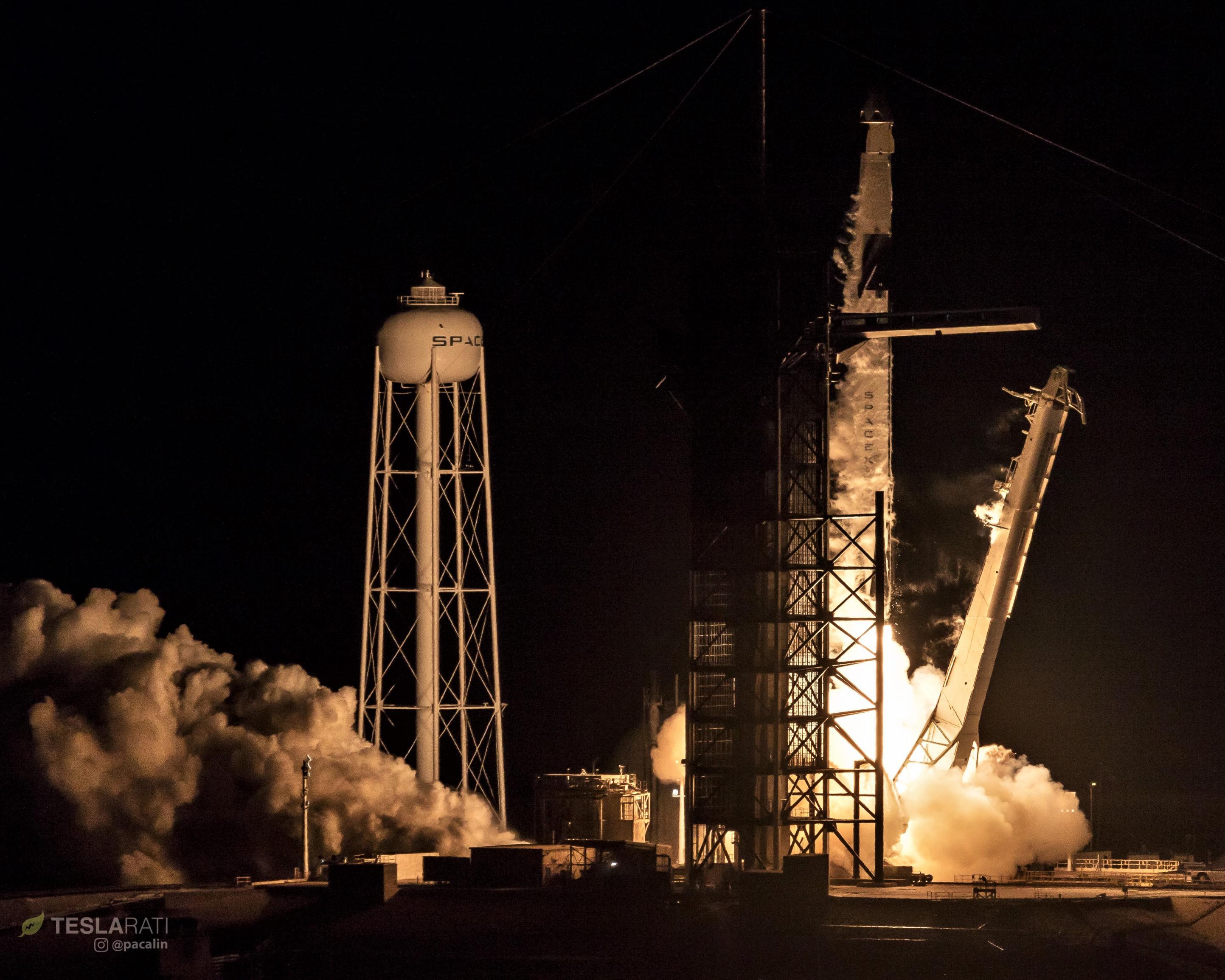 Crew Dragon Falcon 9 B1051 DM-1 liftoff 030219 (Pauline Acalin) 1 (c)